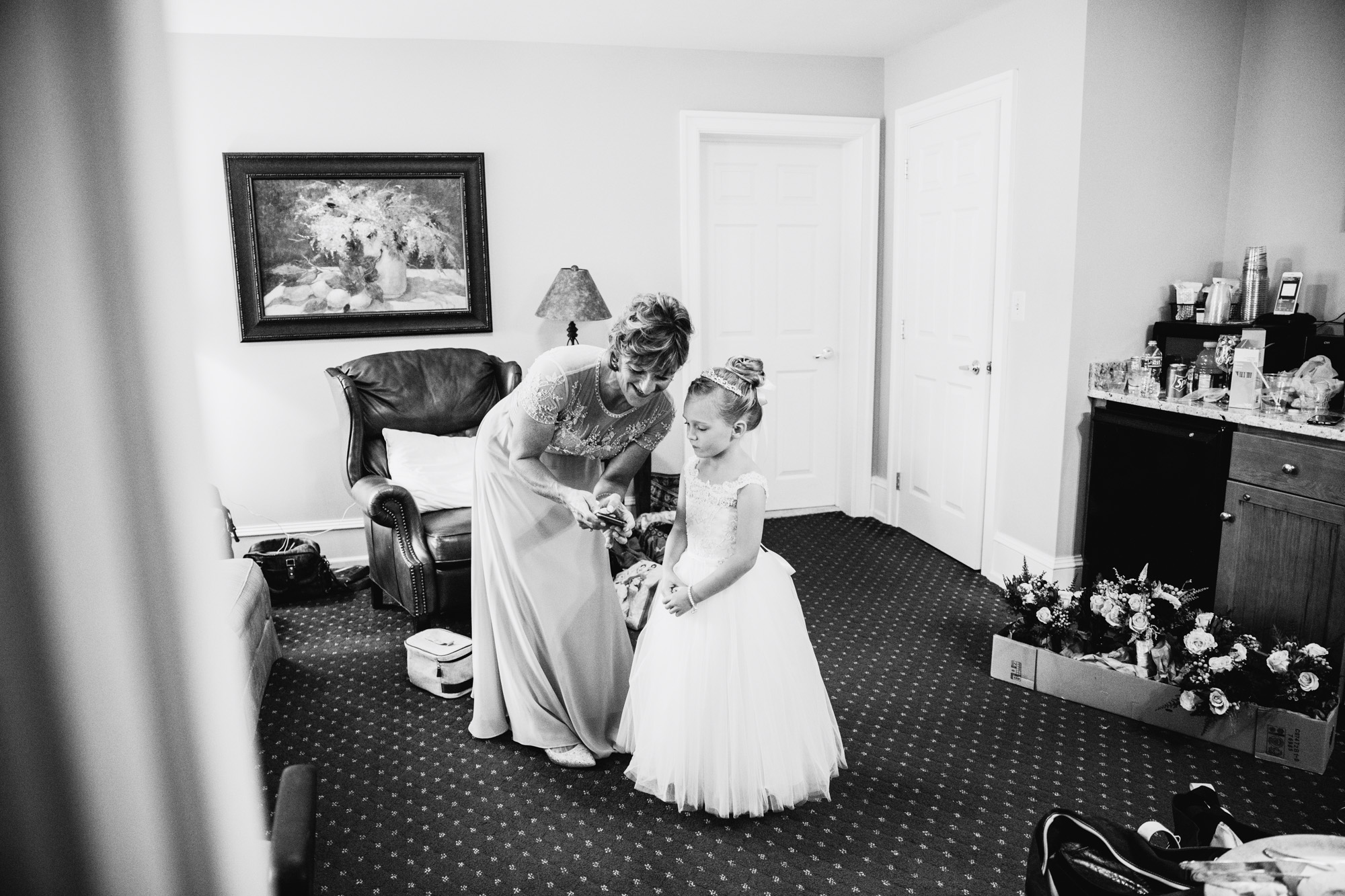 LOVESTRUCK PICTURES NORMANDY FARMS WEDDING - 028.jpg
