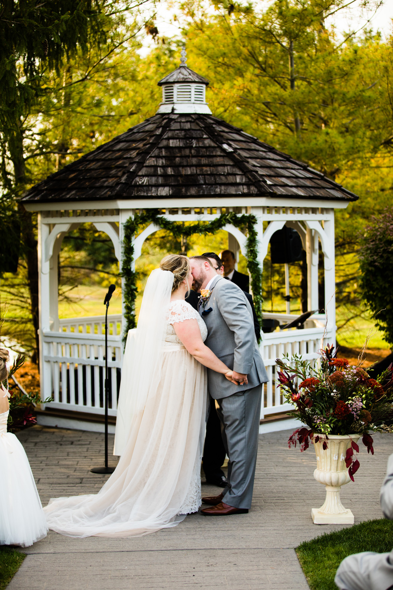 LOVESTRUCK PICTURES NORMANDY FARMS WEDDING - 066.jpg