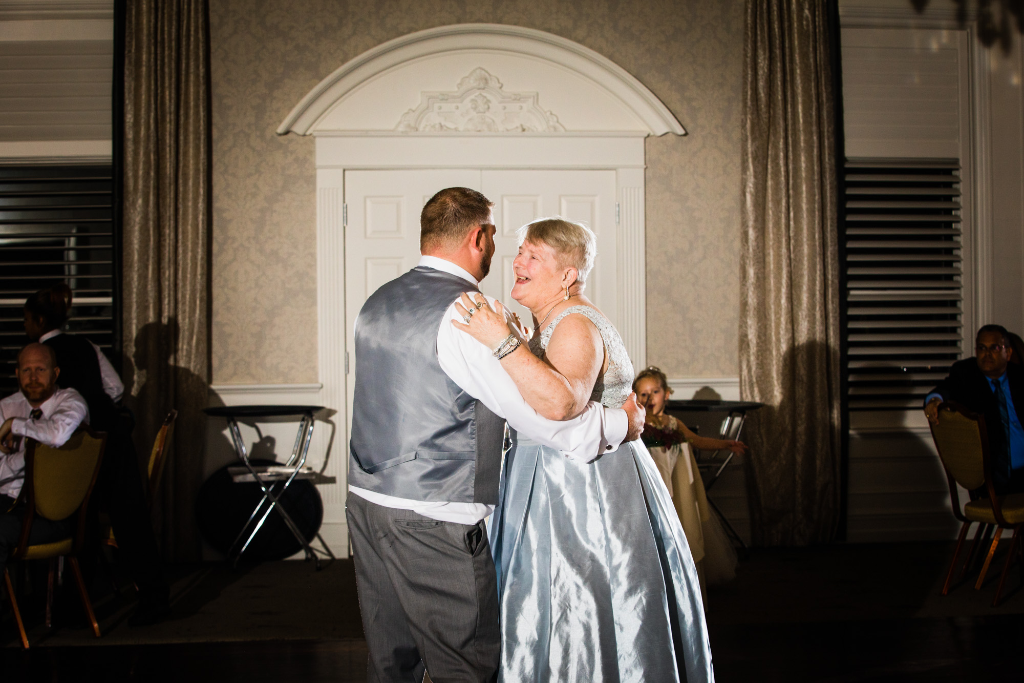 LOVESTRUCK PICTURES NORMANDY FARMS WEDDING - 091.jpg