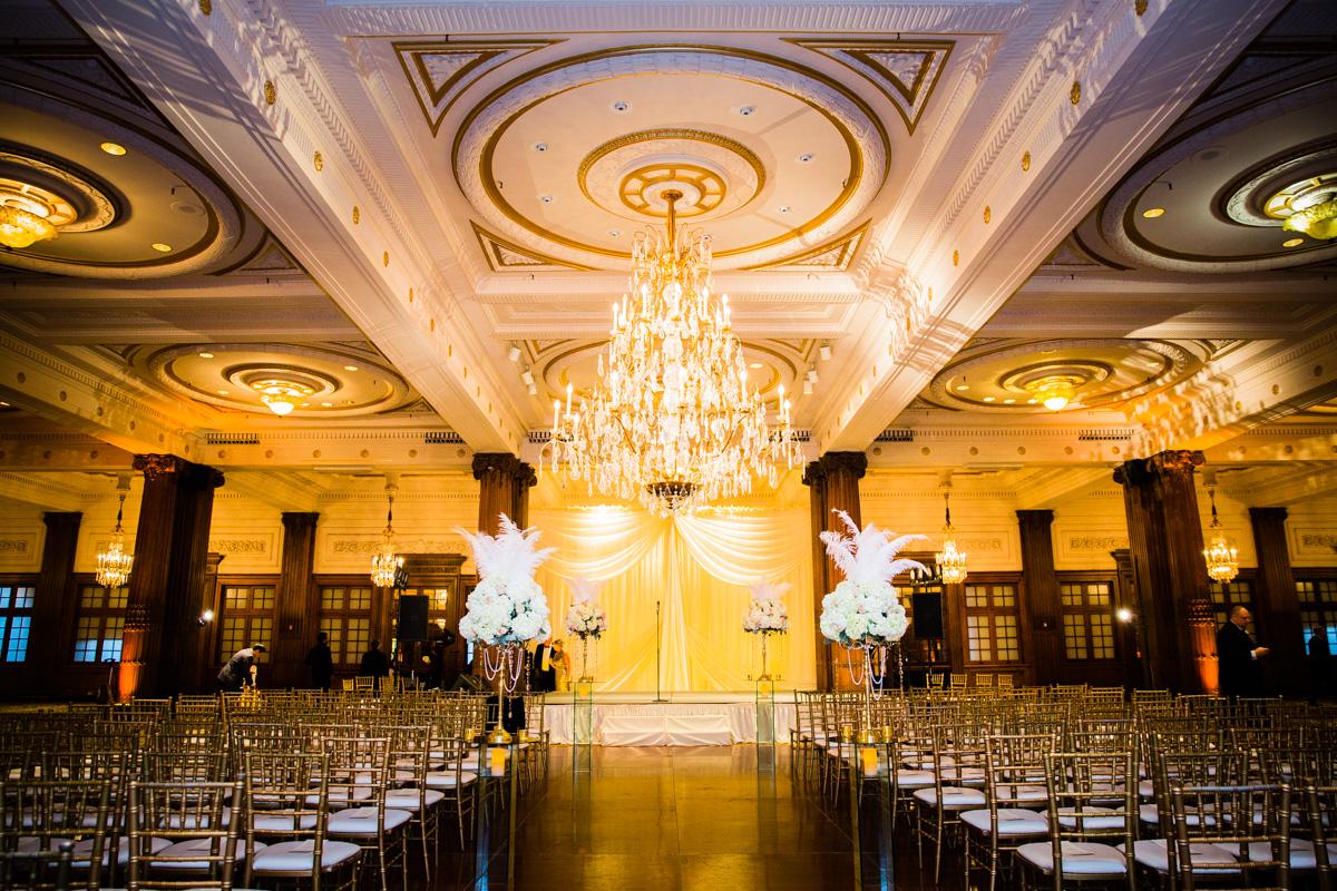 Crystal Tea Room Wedding Photos - LoveStruck Pictures - 095.jpg