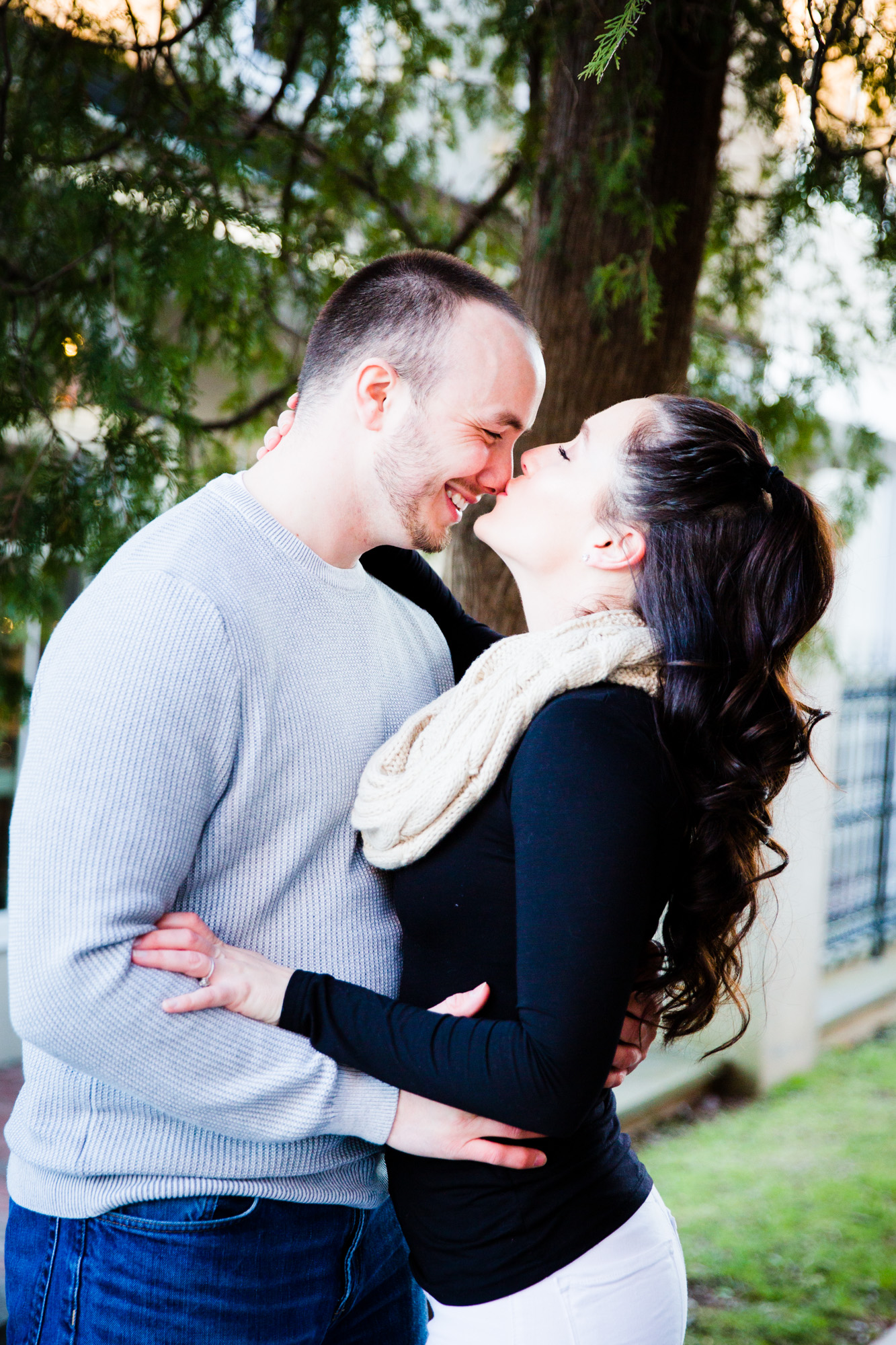 DOYLESTOWN ENGAGEMENT PICTURES - 005.jpg