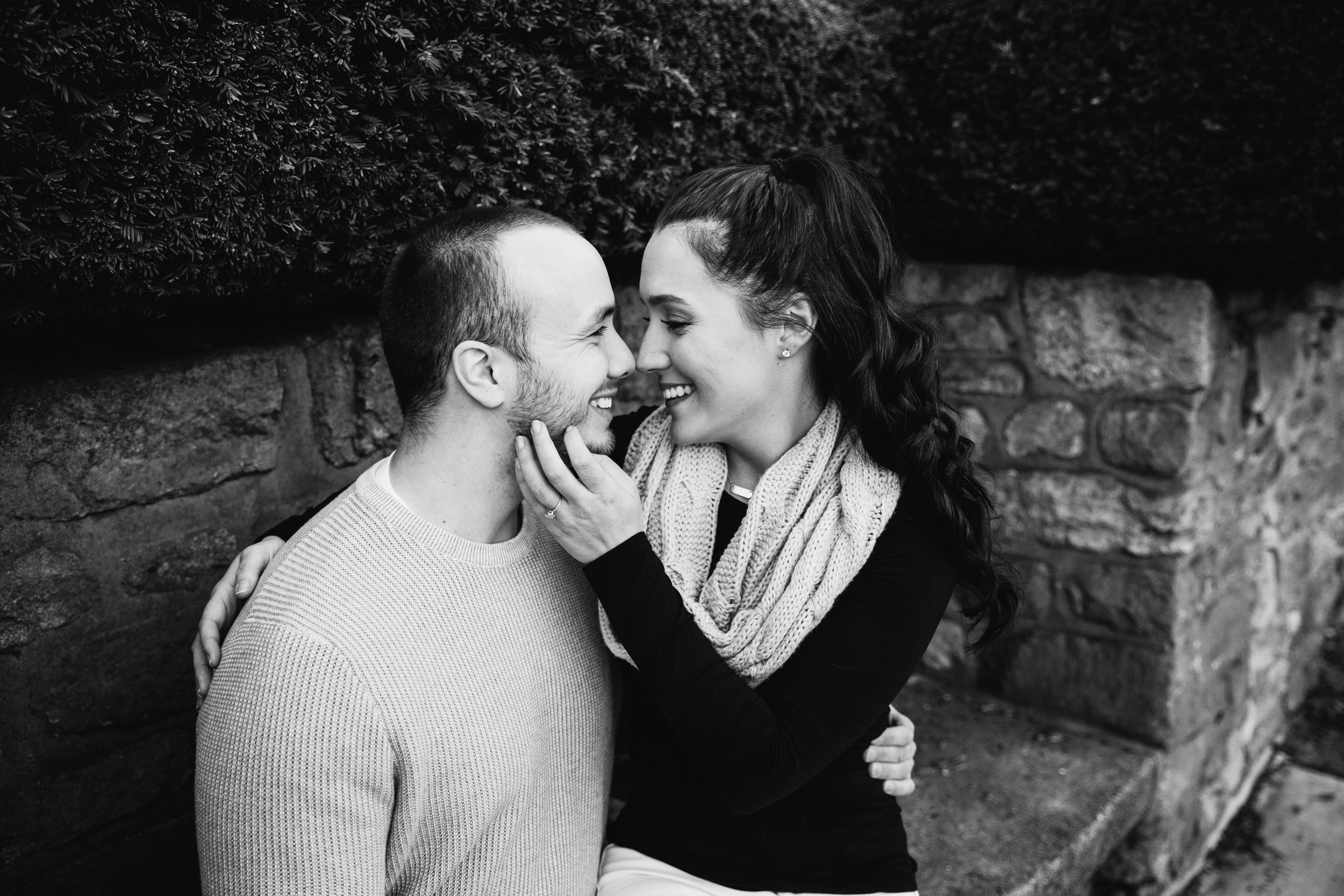 DOYLESTOWN ENGAGEMENT PICTURES - 020.jpg