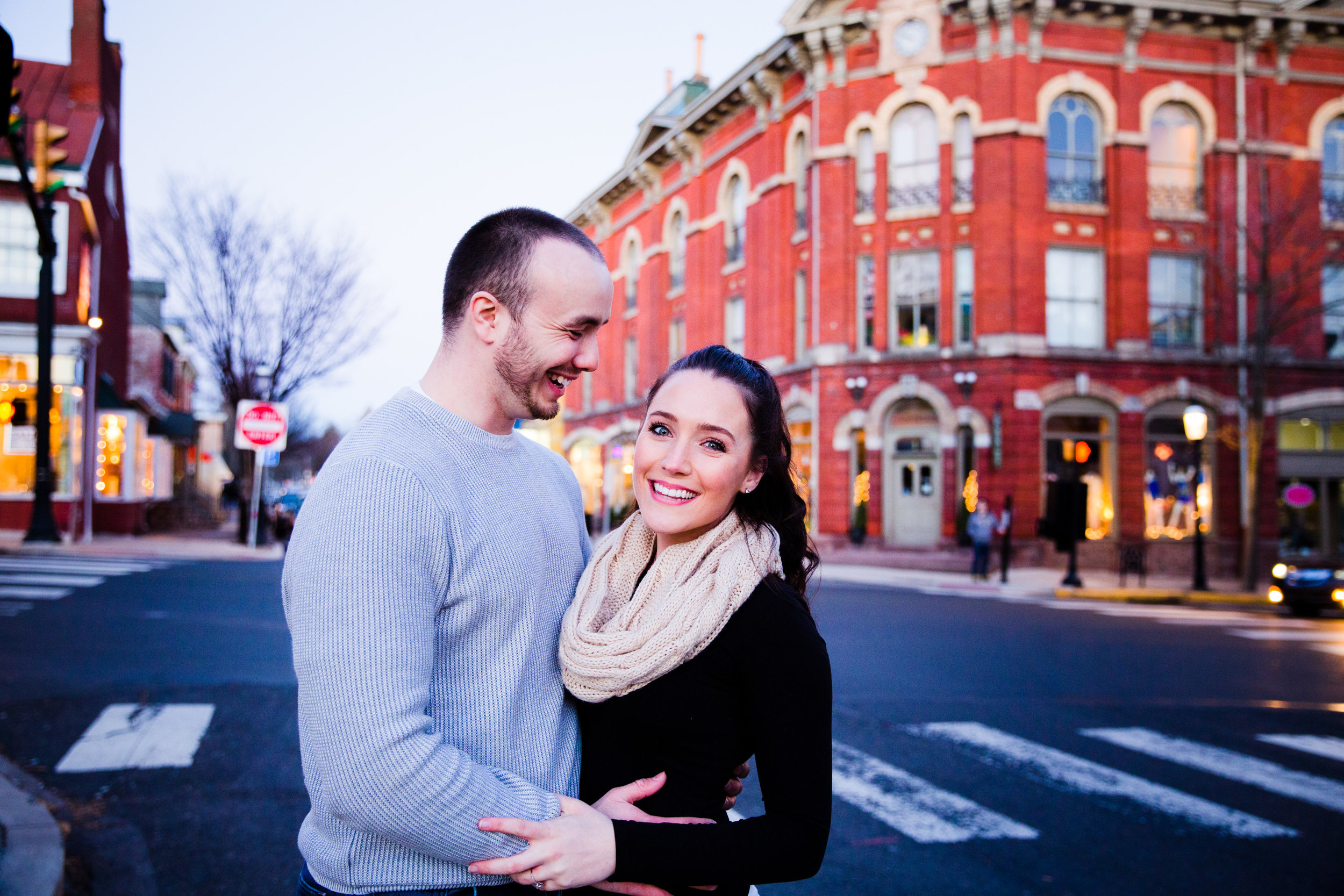 DOYLESTOWN ENGAGEMENT PICTURES - 024.jpg