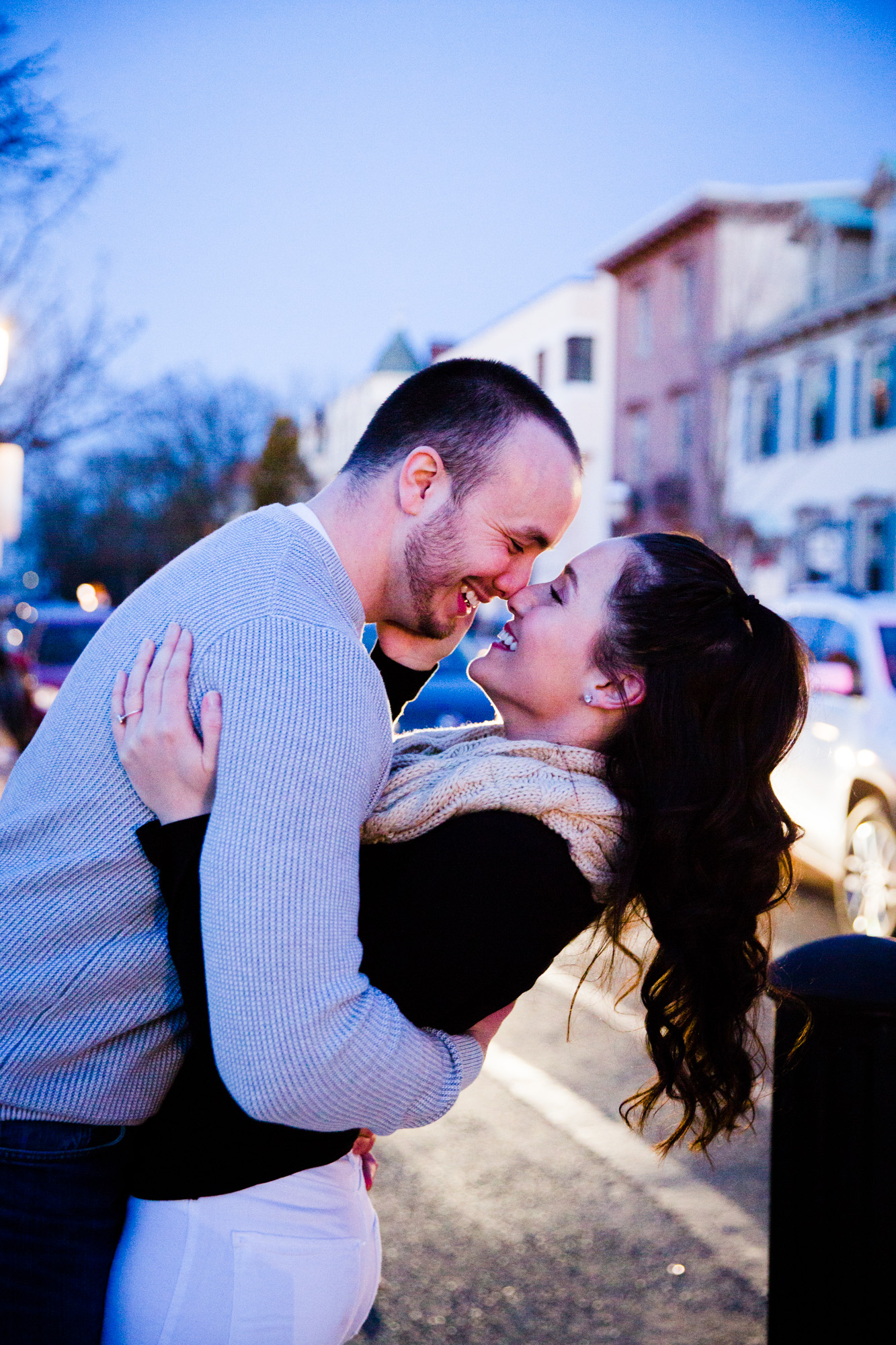 DOYLESTOWN ENGAGEMENT PICTURES - 026.jpg