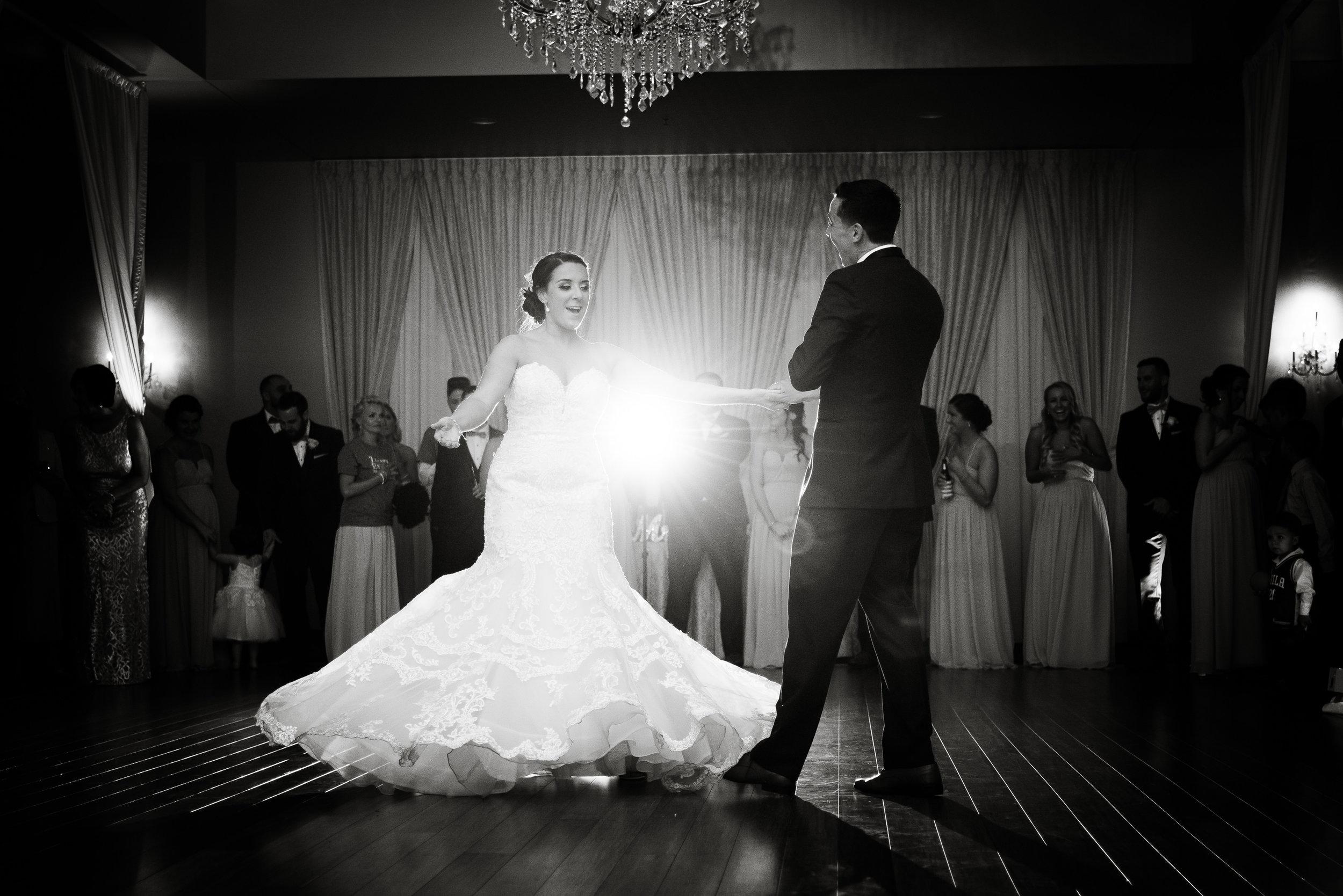 PHILADELPHIA BALLROOM WEDDING PHOTOS -109.jpg