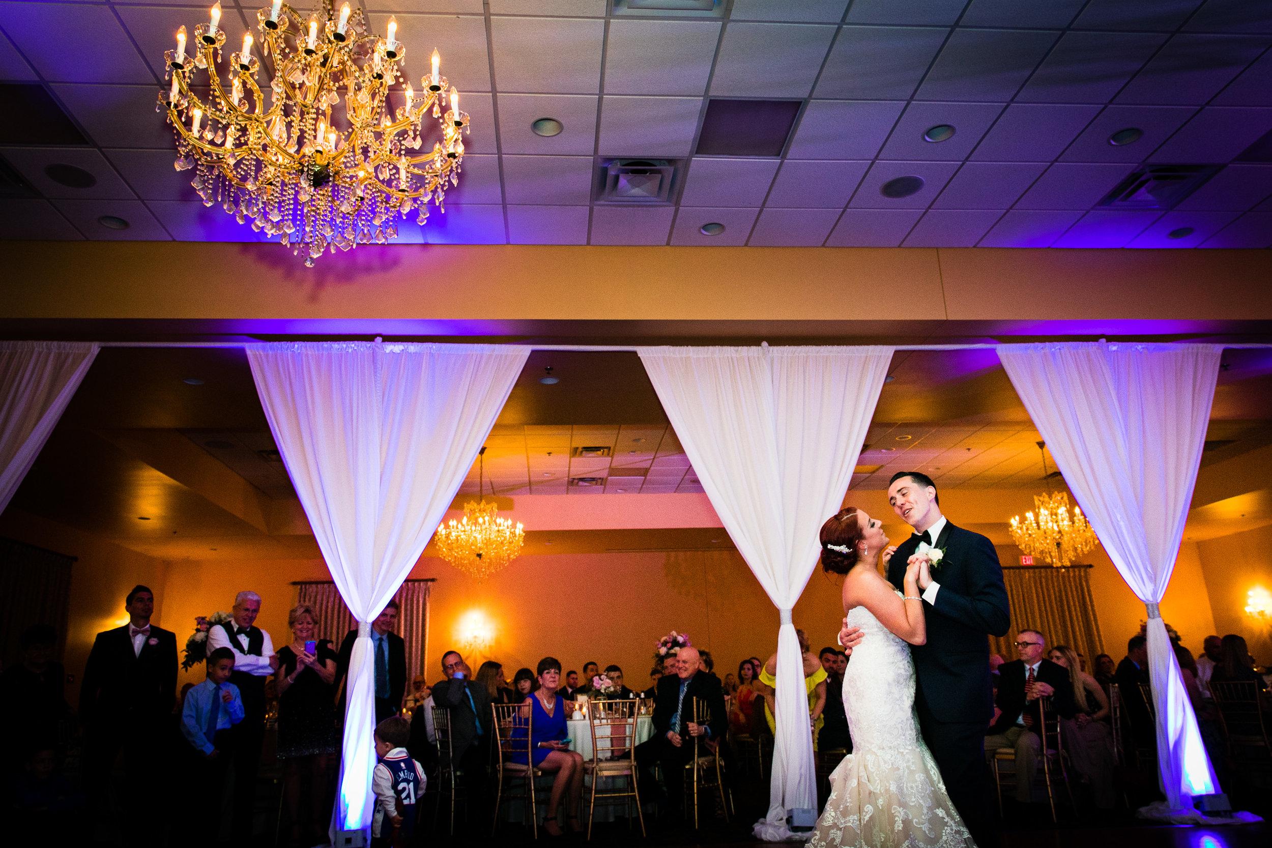PHILADELPHIA BALLROOM WEDDING PHOTOS -110.jpg