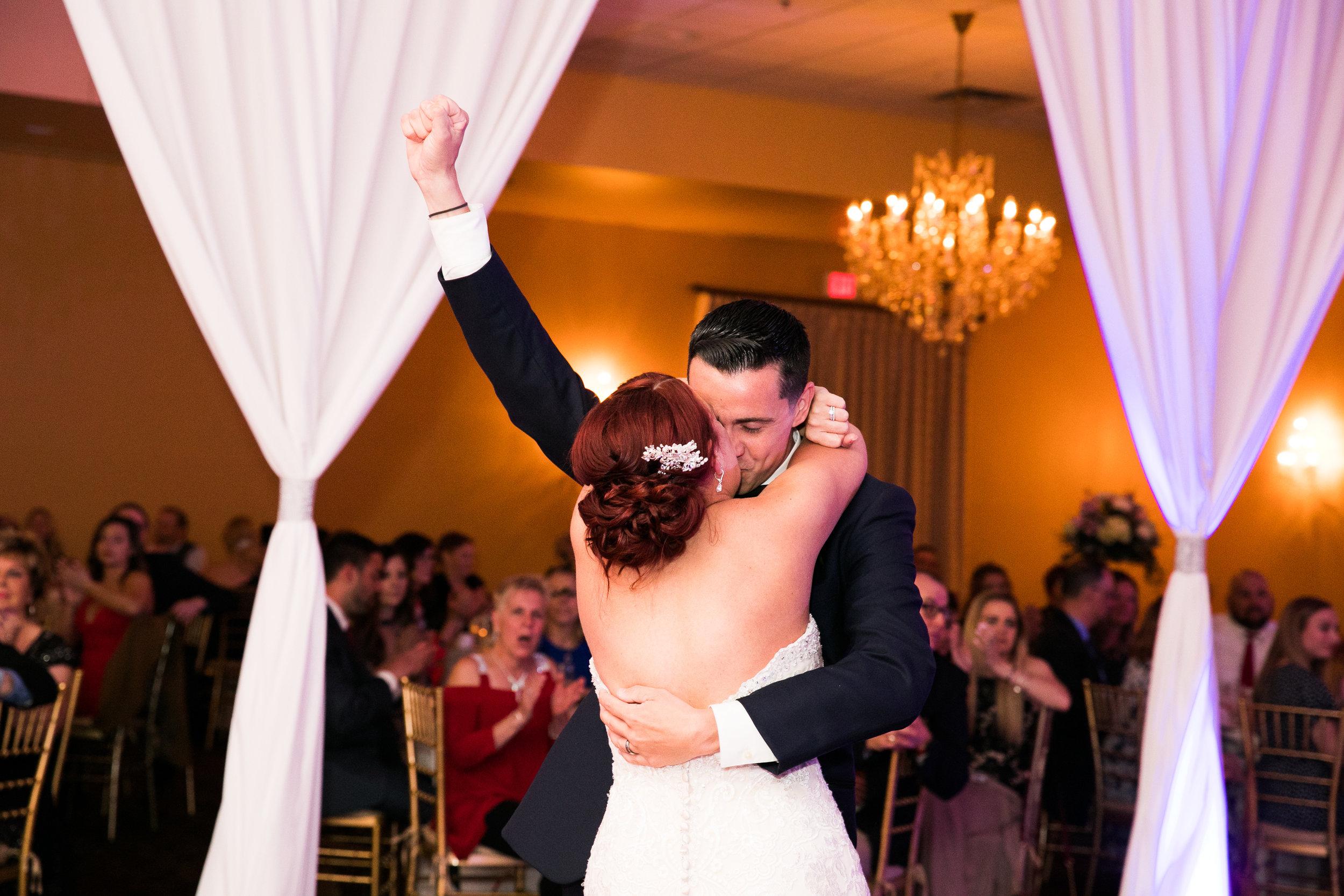 PHILADELPHIA BALLROOM WEDDING PHOTOS -111.jpg