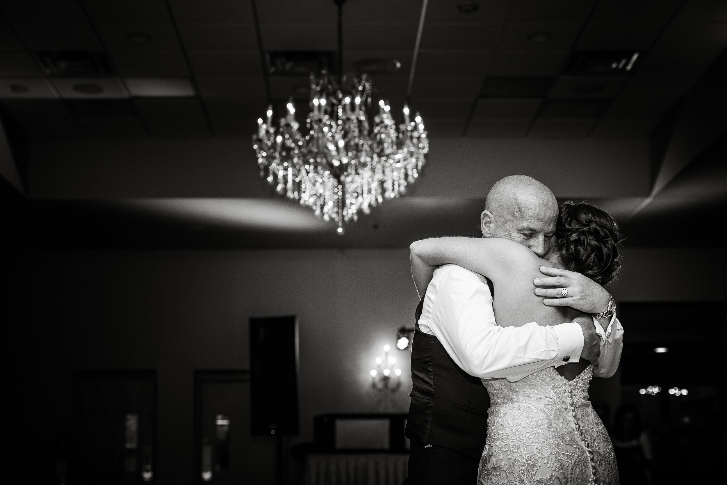 PHILADELPHIA BALLROOM WEDDING PHOTOS -127.jpg
