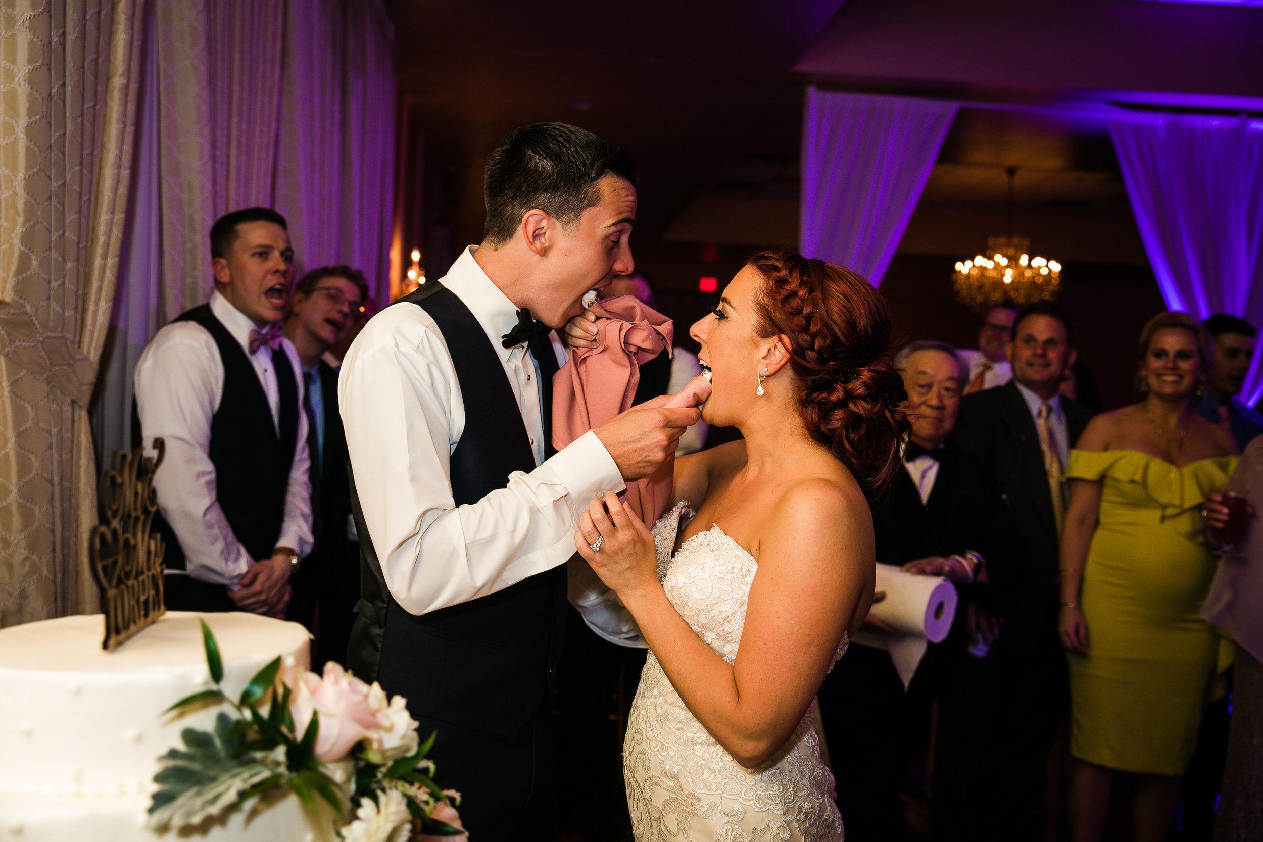 PHILADELPHIA BALLROOM WEDDING PHOTOS -132.jpg