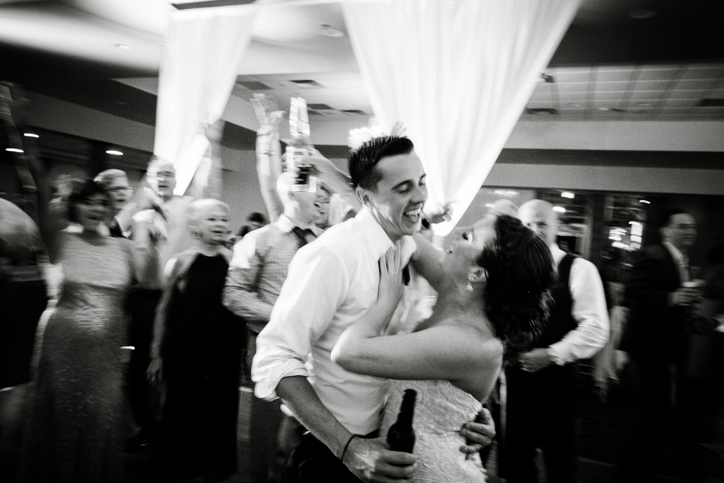 PHILADELPHIA BALLROOM WEDDING PHOTOS -138.jpg