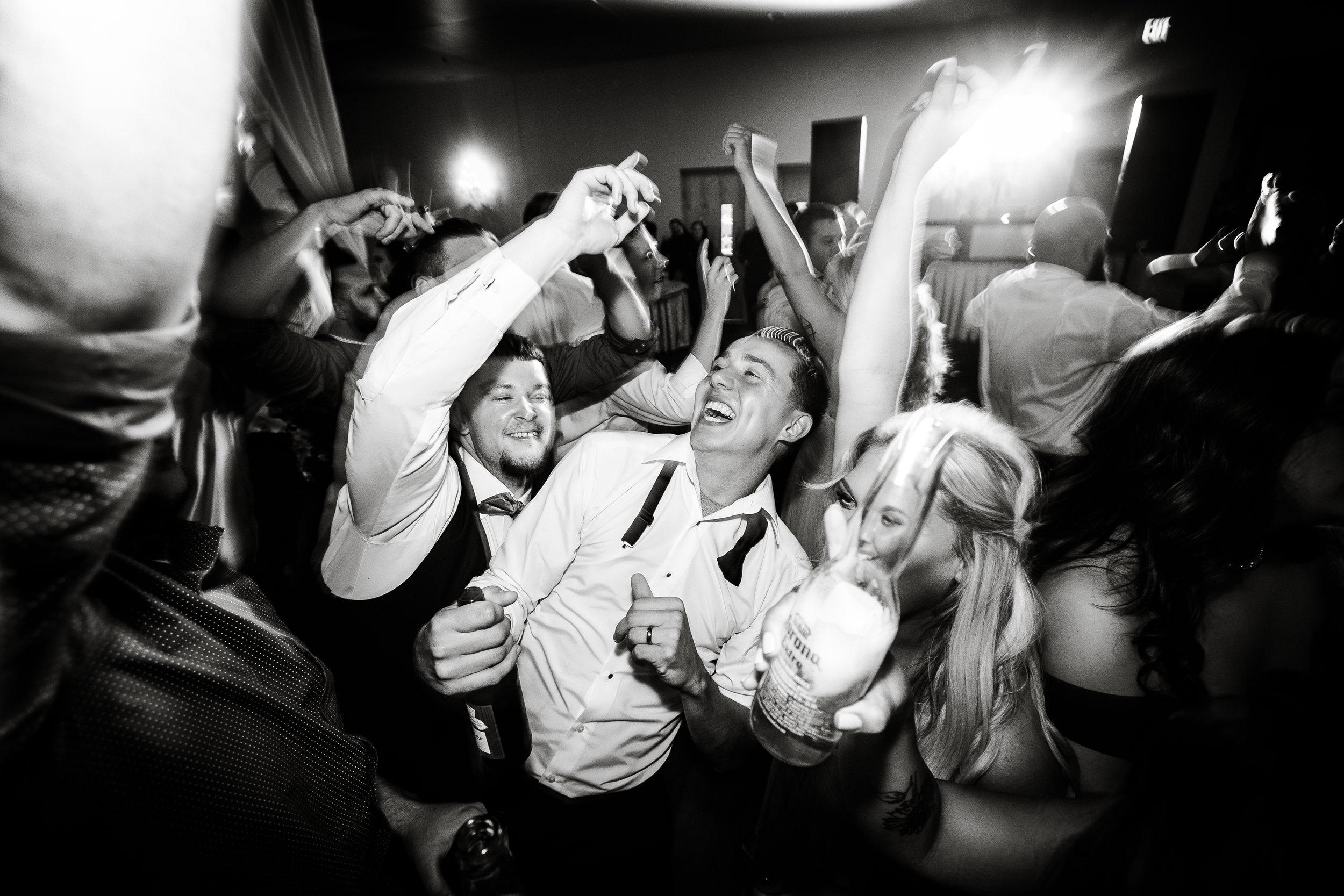 PHILADELPHIA BALLROOM WEDDING PHOTOS -141.jpg