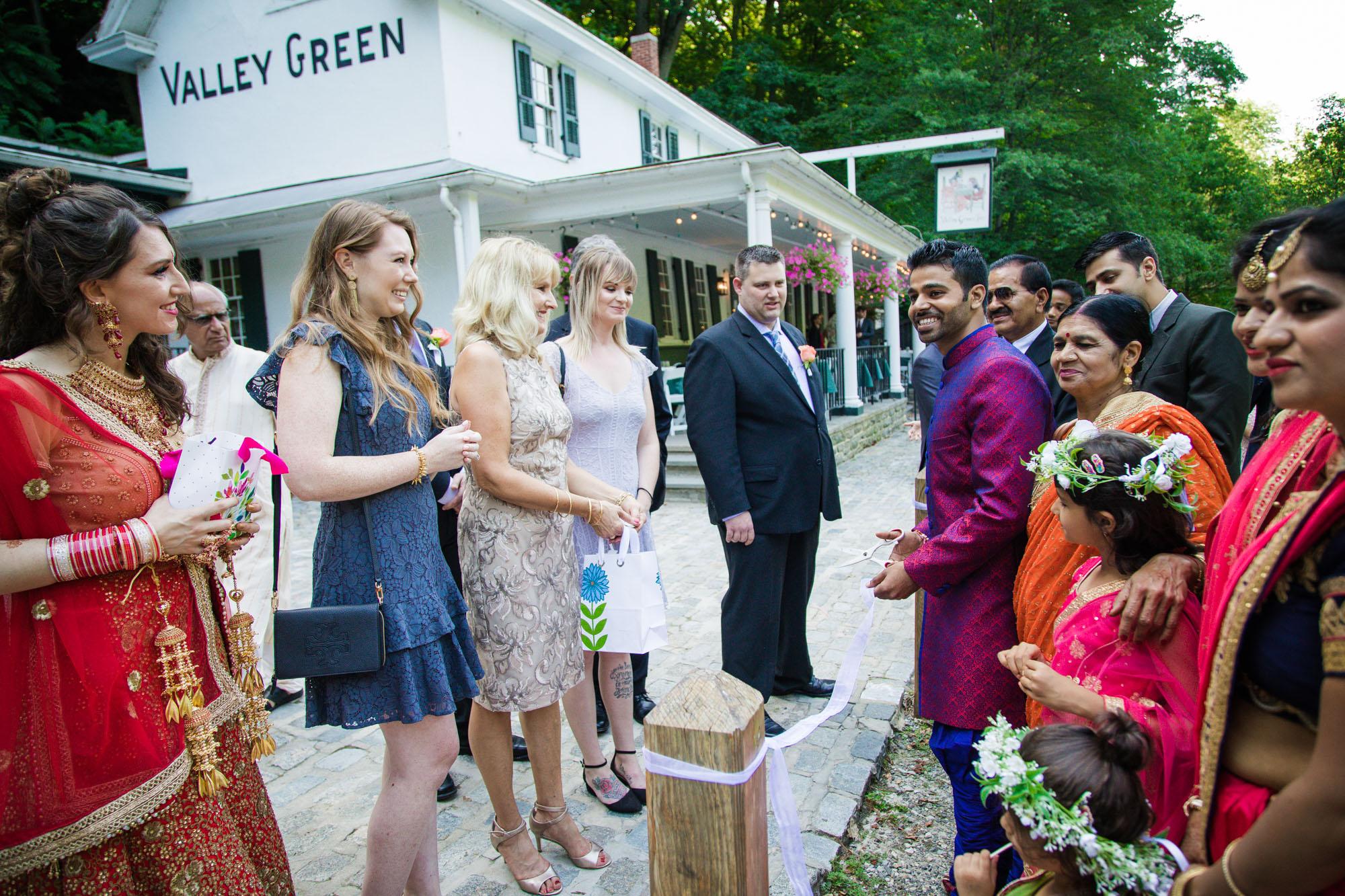 VALLEY GREEN INN WEDDING PHOTOS - 023.jpg