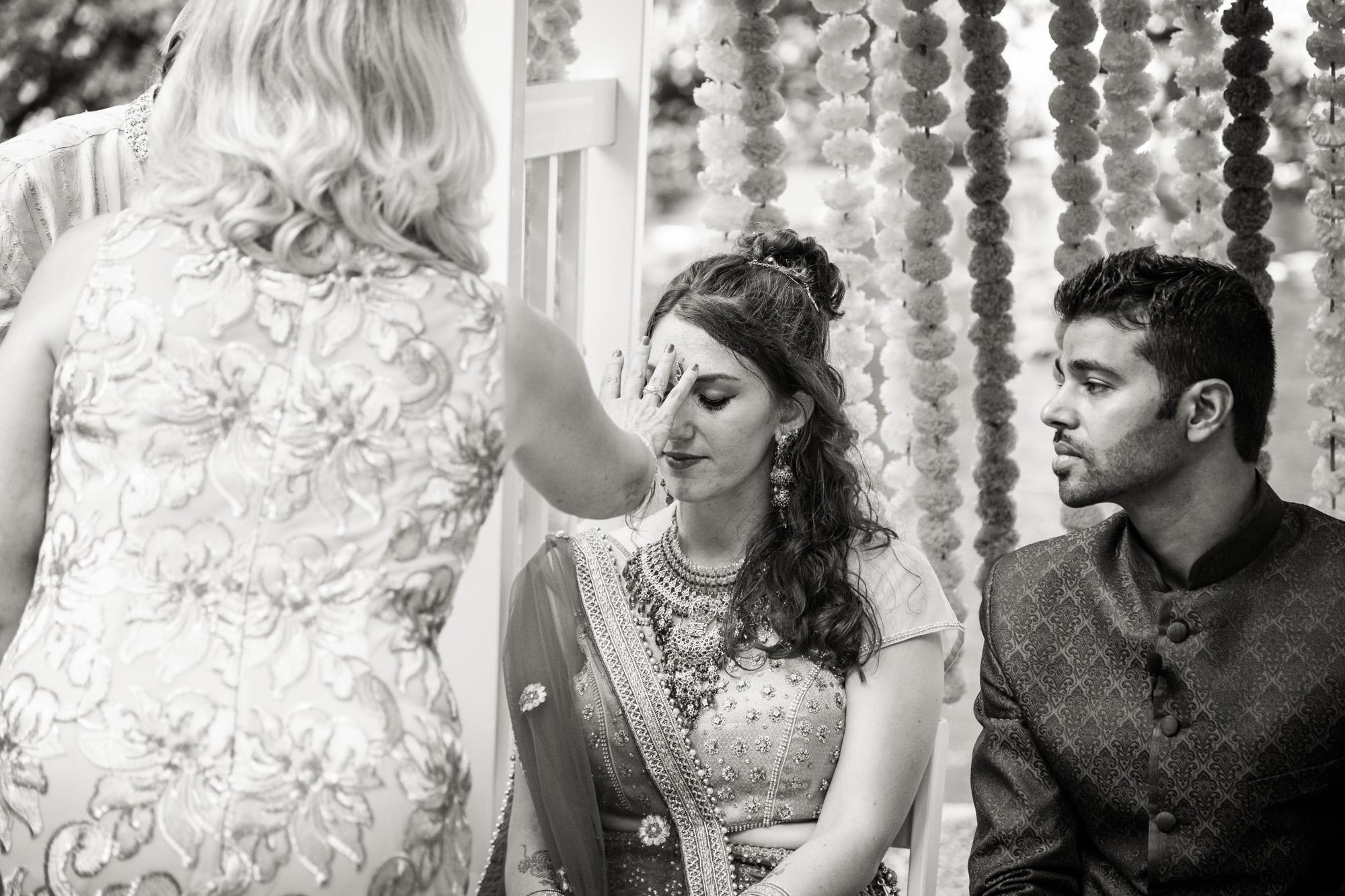 VALLEY GREEN INN WEDDING PHOTOS - 045.jpg