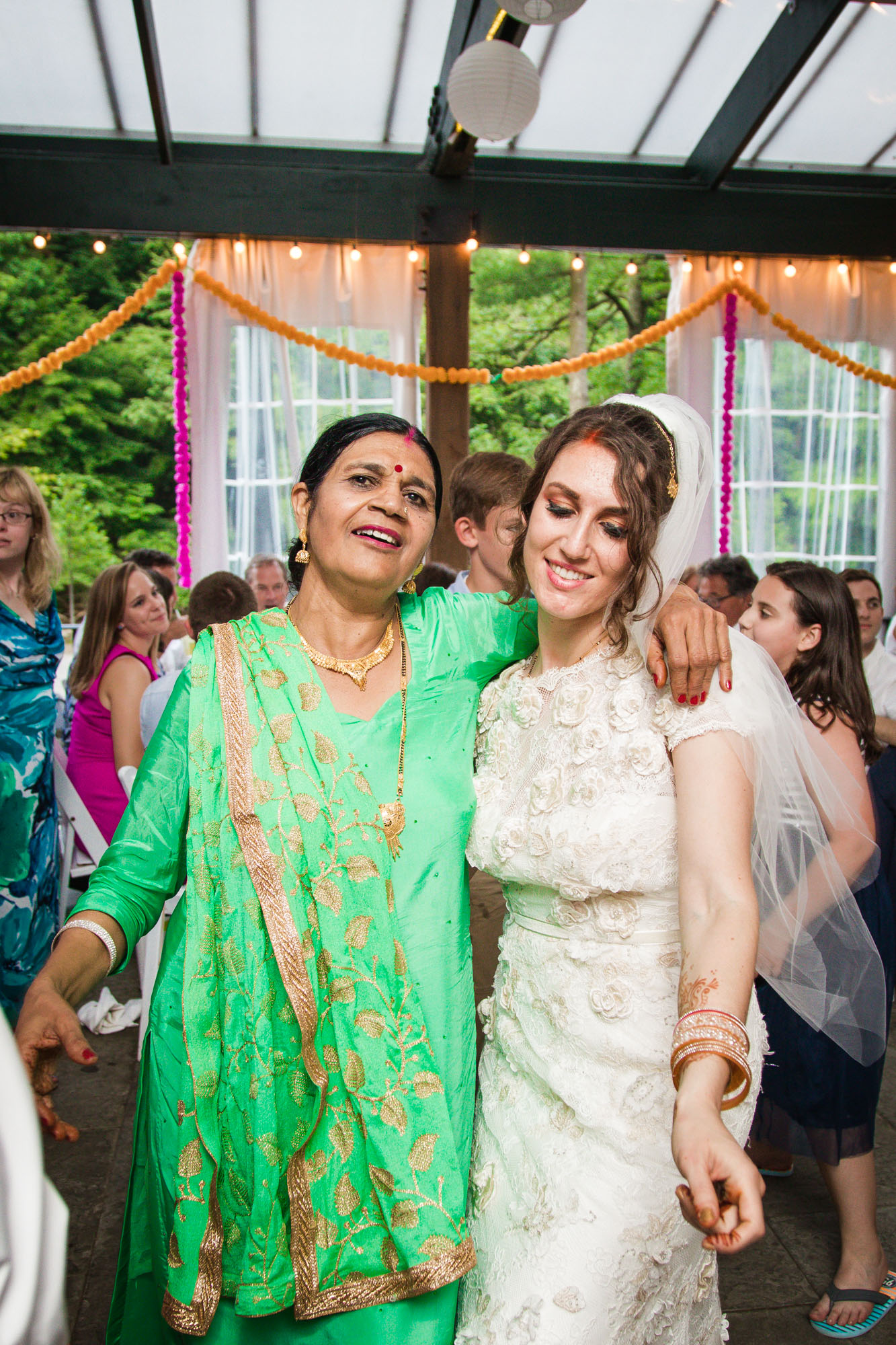 VALLEY GREEN INN WEDDING PHOTOS - 118.jpg