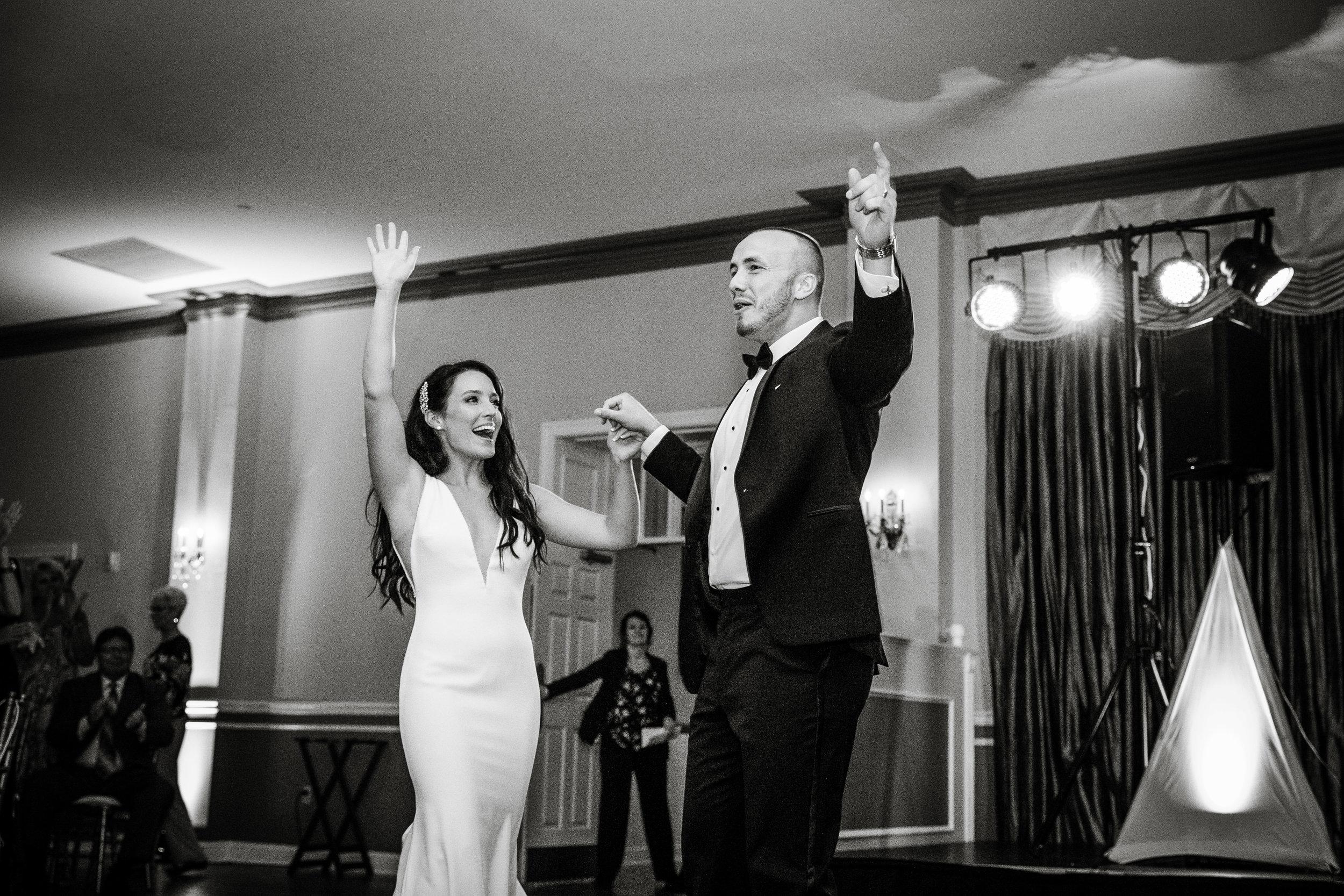 Sam and Mikes Wedding Photos - Pen Ryn Estate - 767.jpg