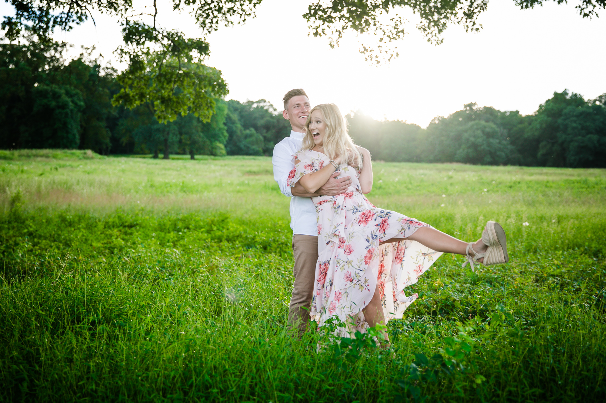 Amanda and Chris - Engagmenet Photos - Valley Forge Park - 026.jpg