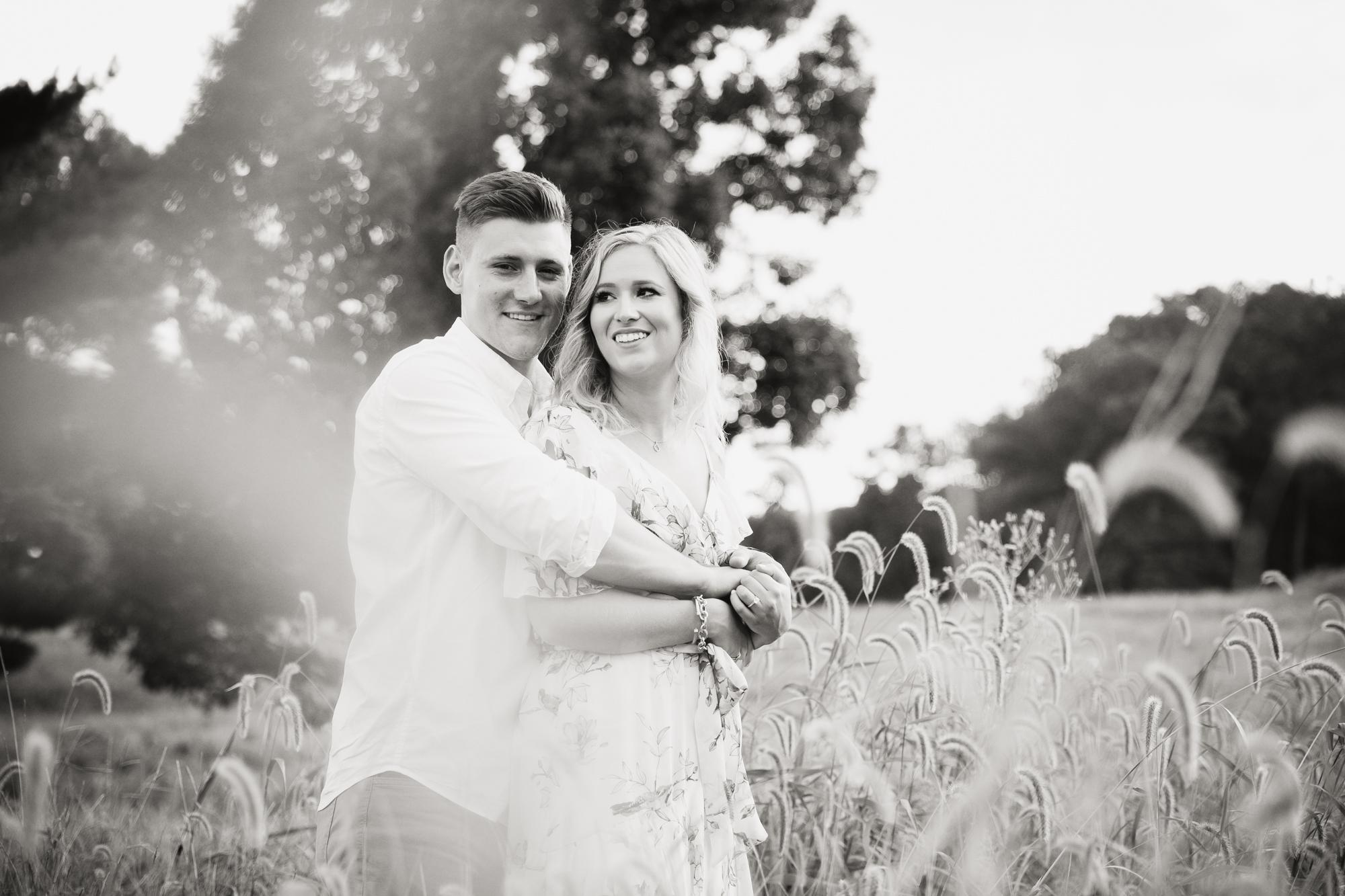 Amanda and Chris - Engagmenet Photos - Valley Forge Park - 033.jpg