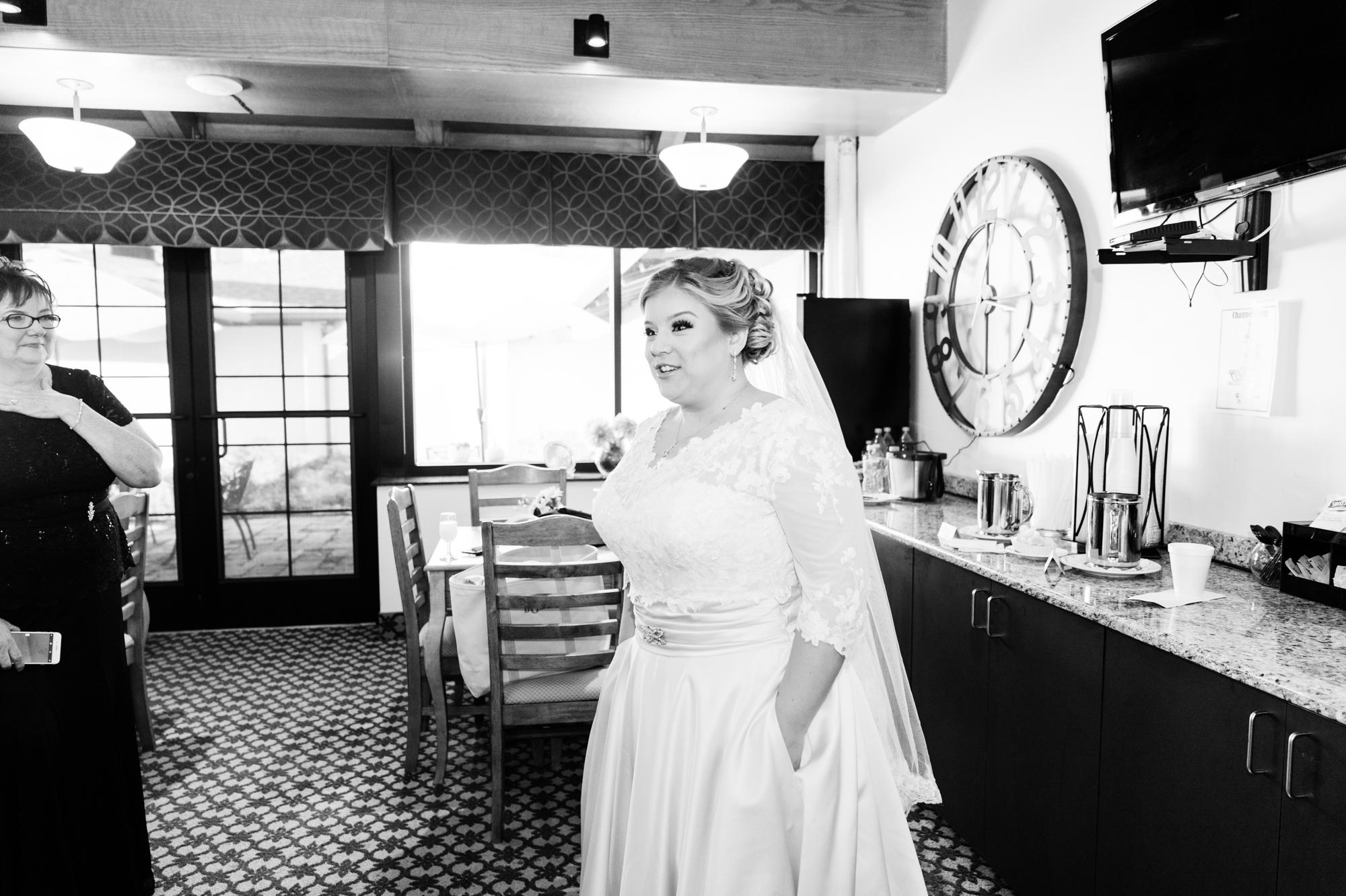 Cedar Brook Country Club Wedding Photography - Lovestruck Pictures-016.jpg