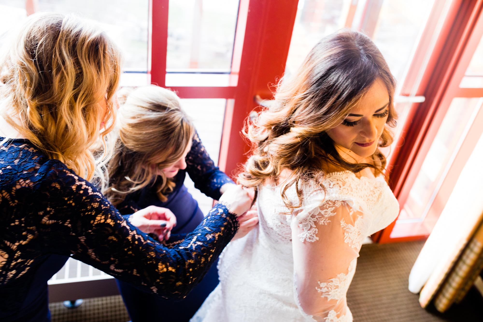 Bear Creek Mountain Resort Wedding Photography - Lovestruck Pictures-040.jpg