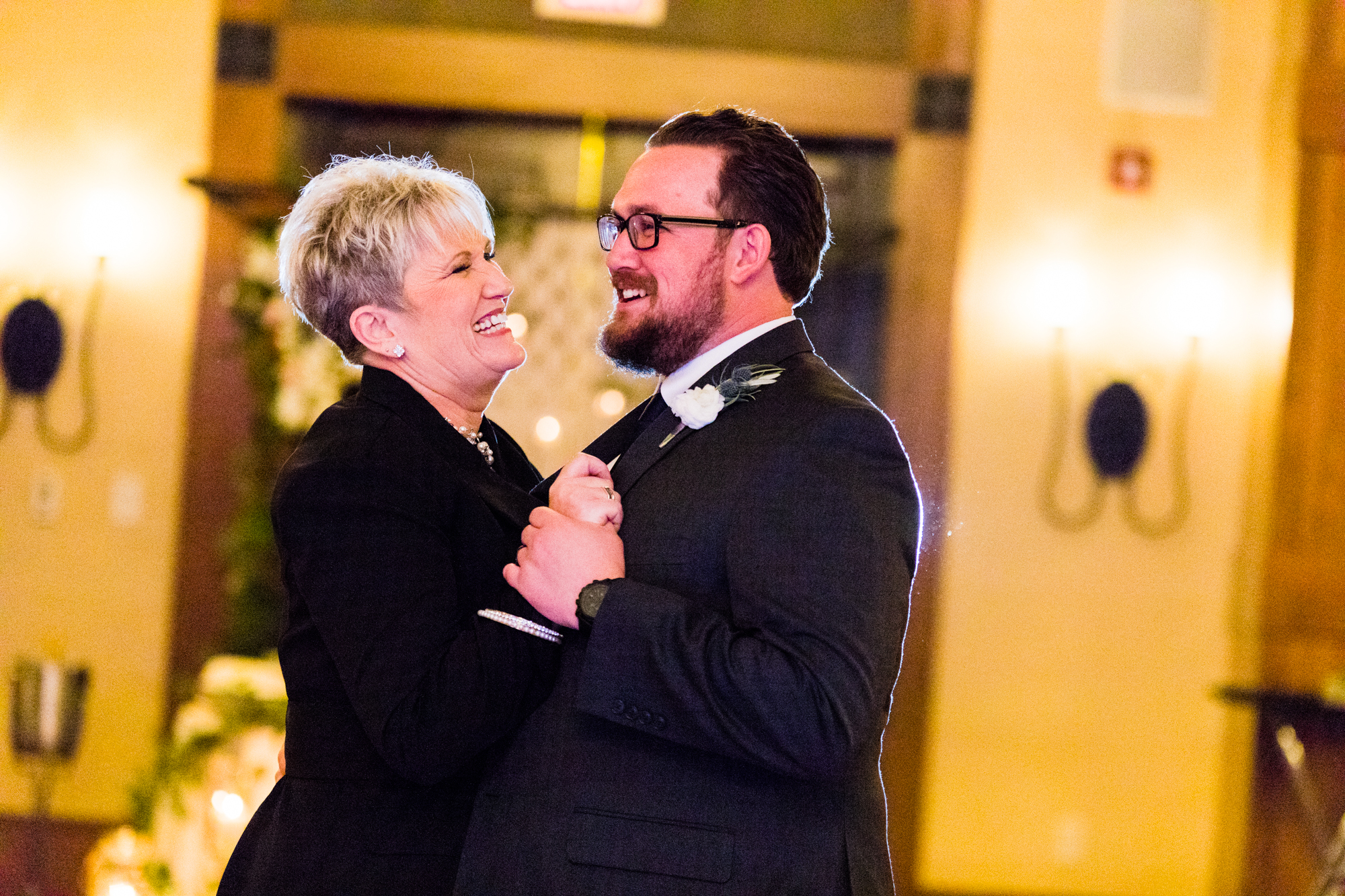 Bear Creek Mountain Resort Wedding Photography - Lovestruck Pictures-125.jpg