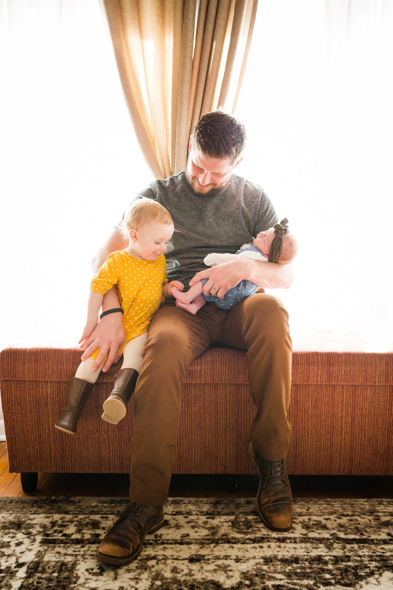 PHILADELPHIA IN HOME FAMILY PHOTOGRAPHY-010.jpg