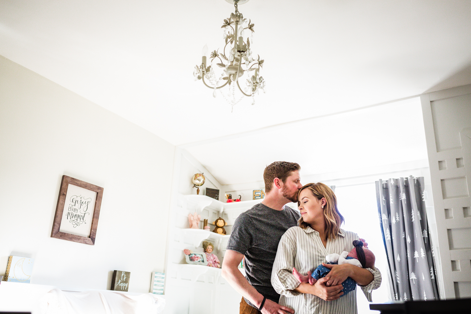 PHILADELPHIA IN HOME FAMILY PHOTOGRAPHY-030.jpg