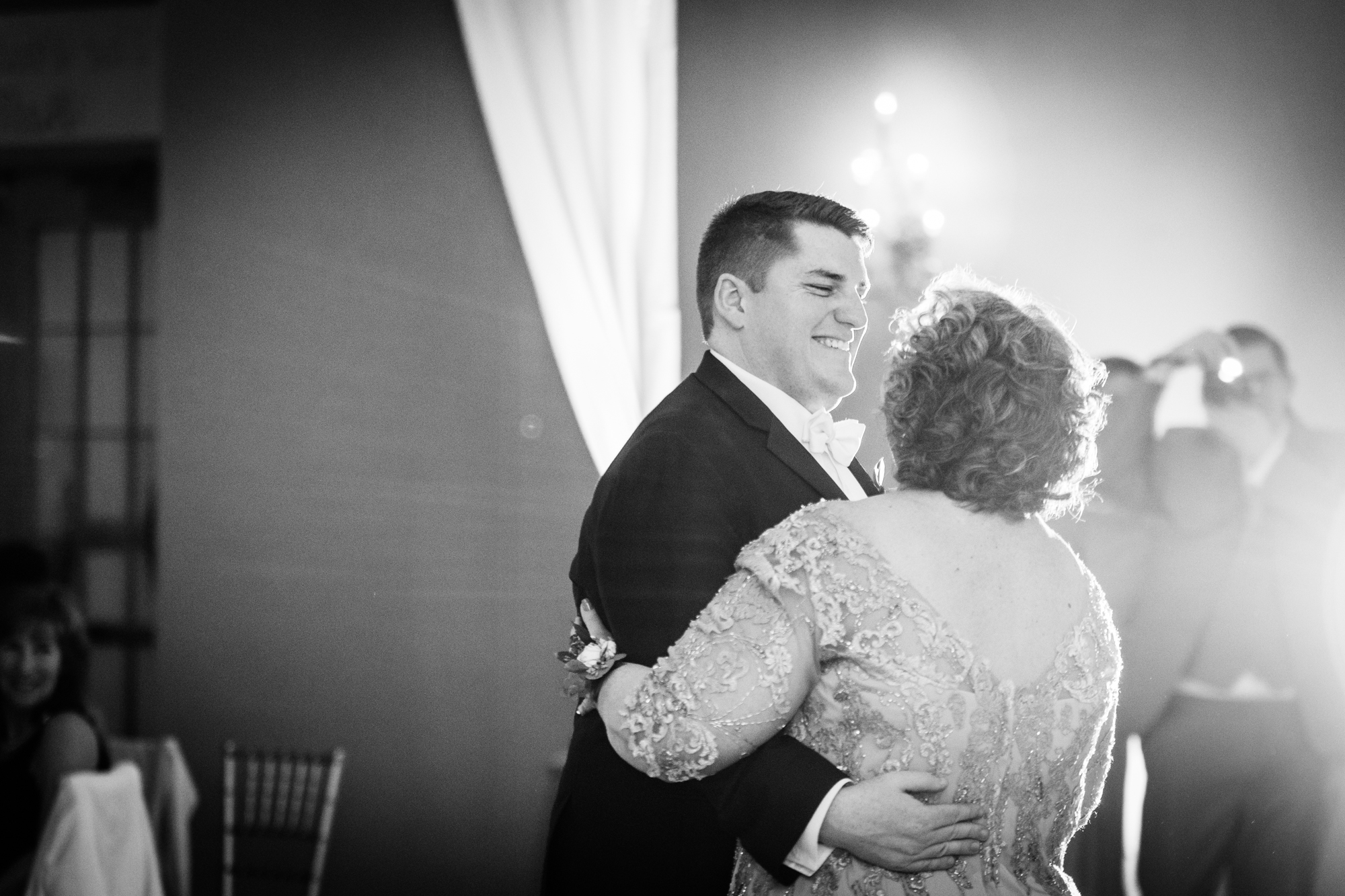 Philadelphia Ballroom Wedding Photography-185.jpg