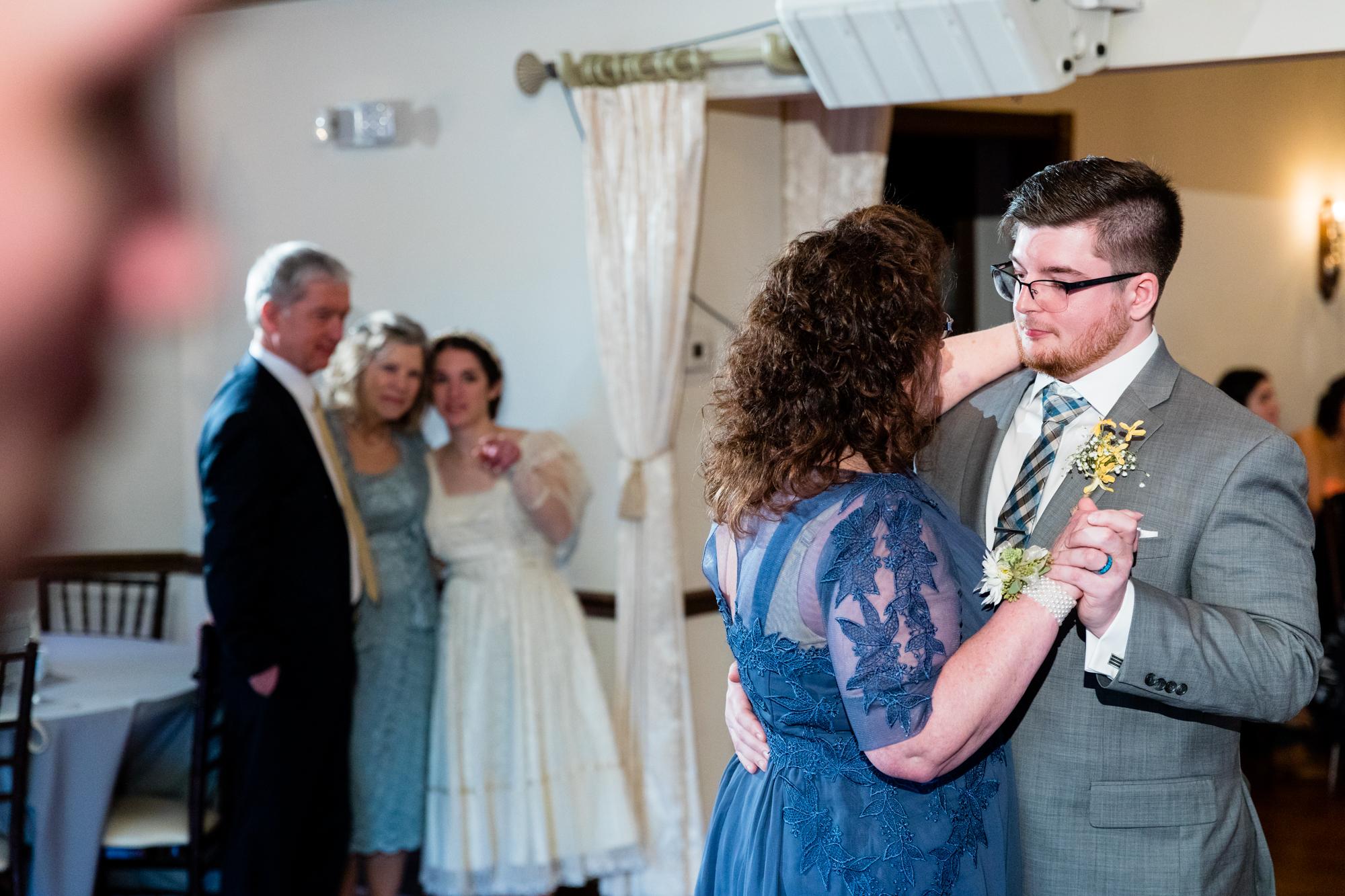 THE FARMHOUSE DE WEDDING PHOTOGRAPHY-087.jpg