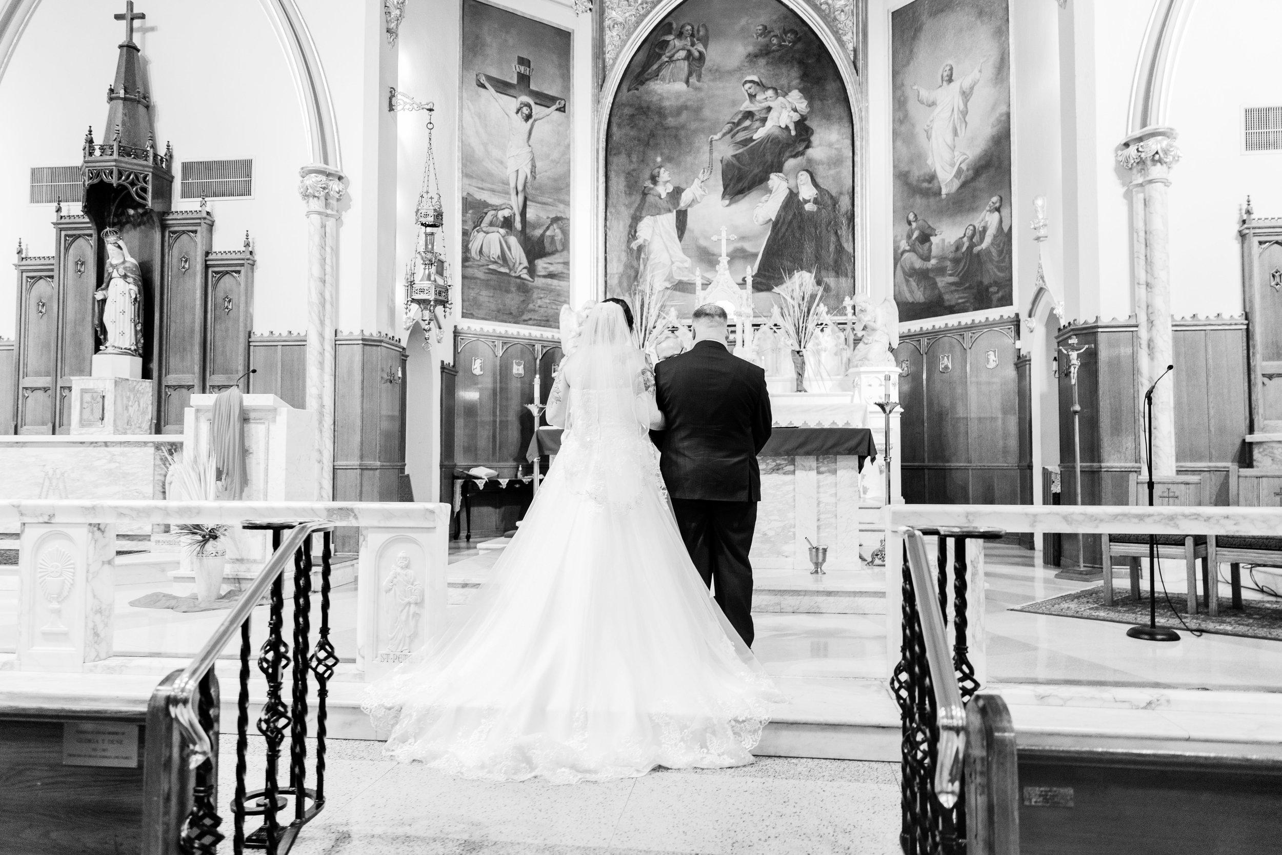 KRISTINA AND SHAWN - WATERFALL ROOM WEDDING - PHILADELPHIA-40.jpg
