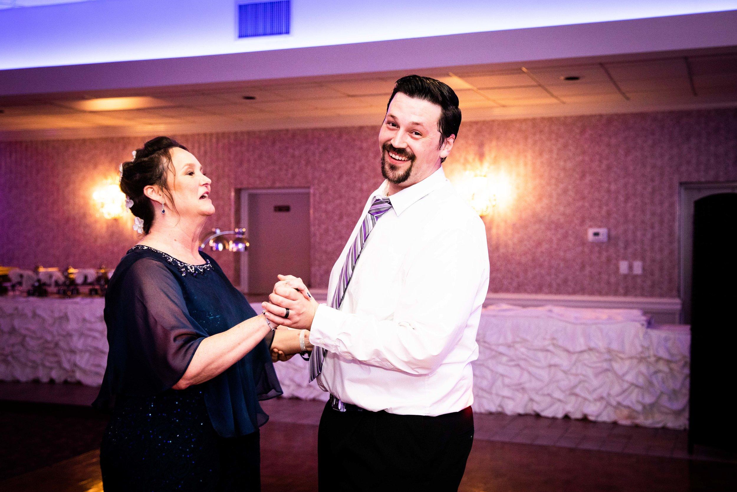 KRISTINA AND SHAWN - WATERFALL ROOM WEDDING - PHILADELPHIA-134.jpg