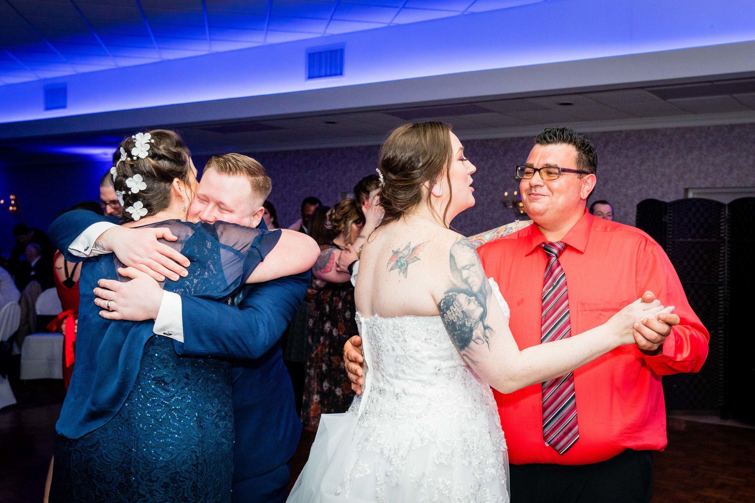 KRISTINA AND SHAWN - WATERFALL ROOM WEDDING - PHILADELPHIA-147.jpg