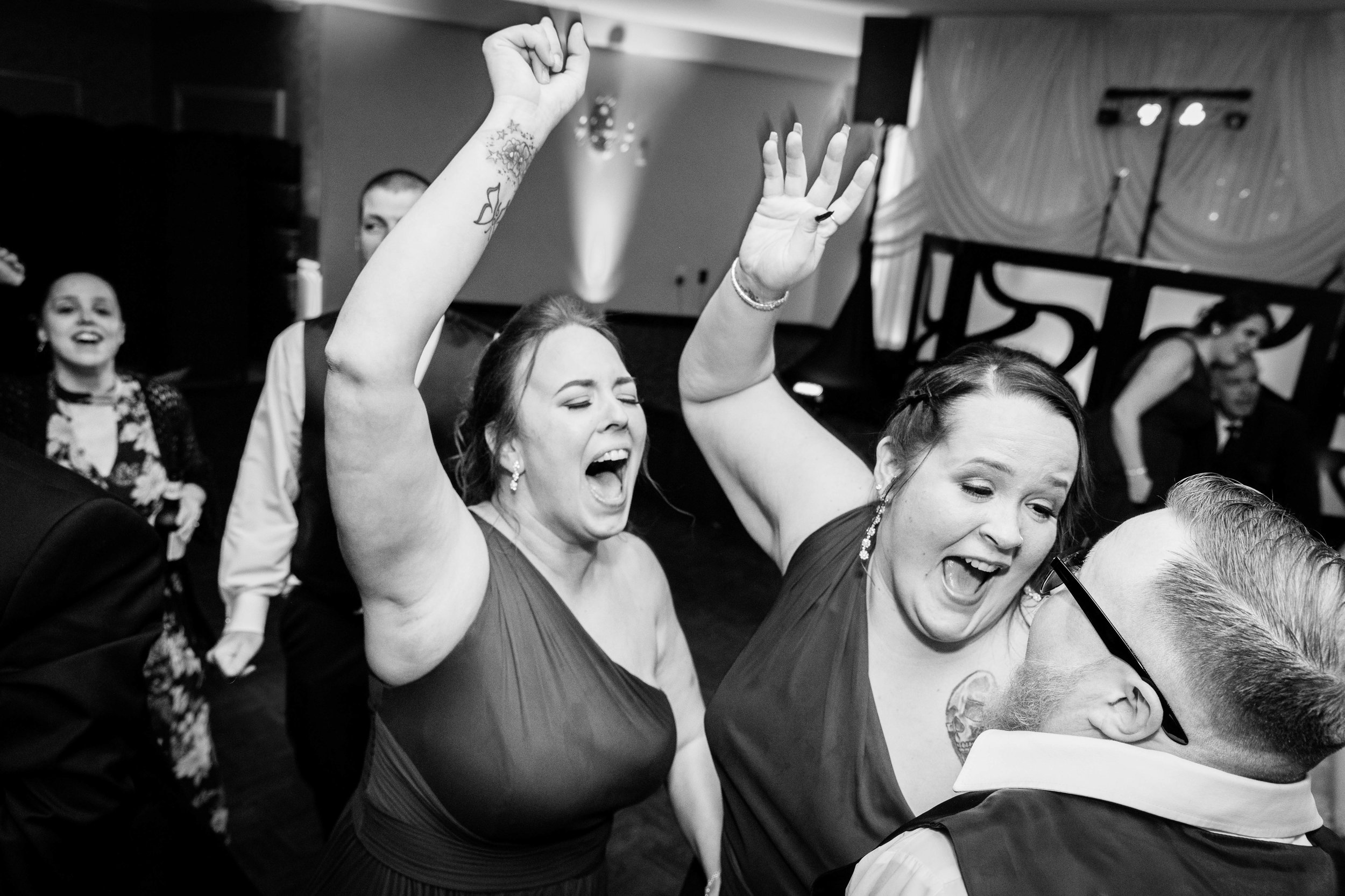KRISTINA AND SHAWN - WATERFALL ROOM WEDDING - PHILADELPHIA-170.jpg