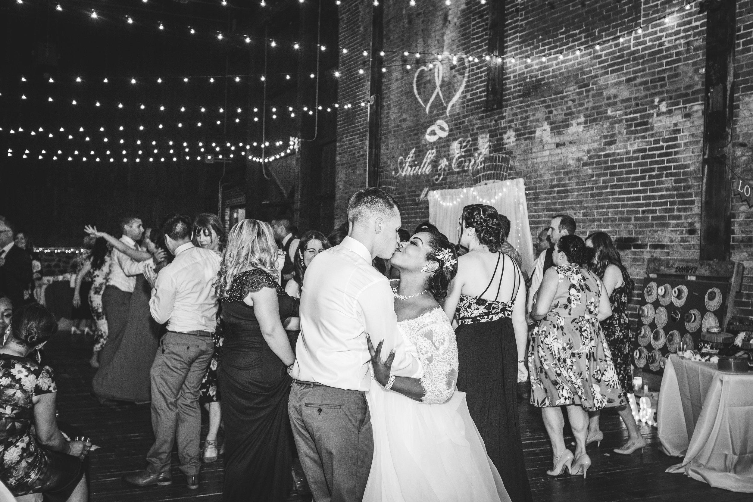 THE ICE HOUSE WEDDING PHOTOGRAPHY-127.jpg