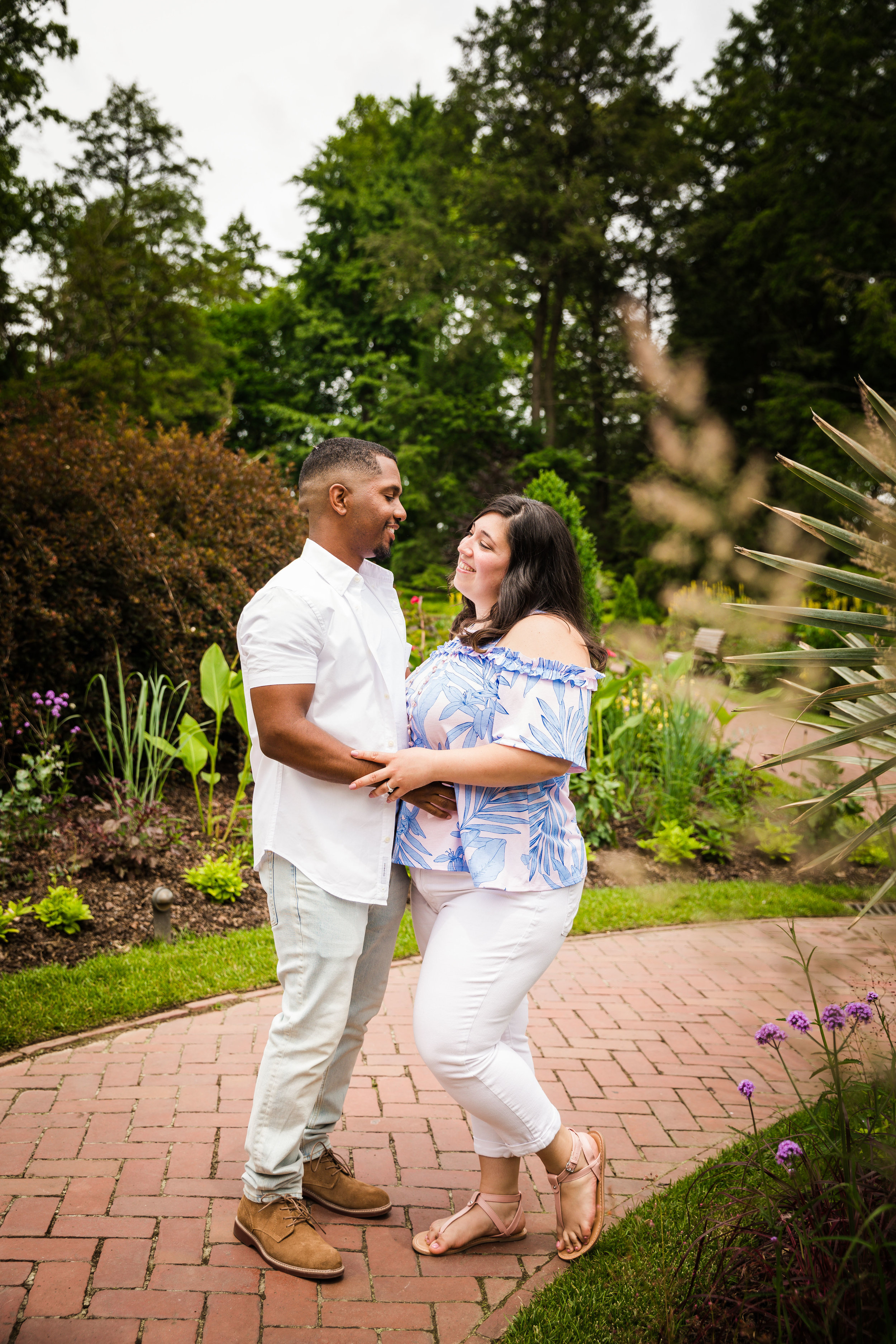 ALLISON AND JEFF - LONGWOOD GARDENS ENGAGEMENT SESSION-62.jpg