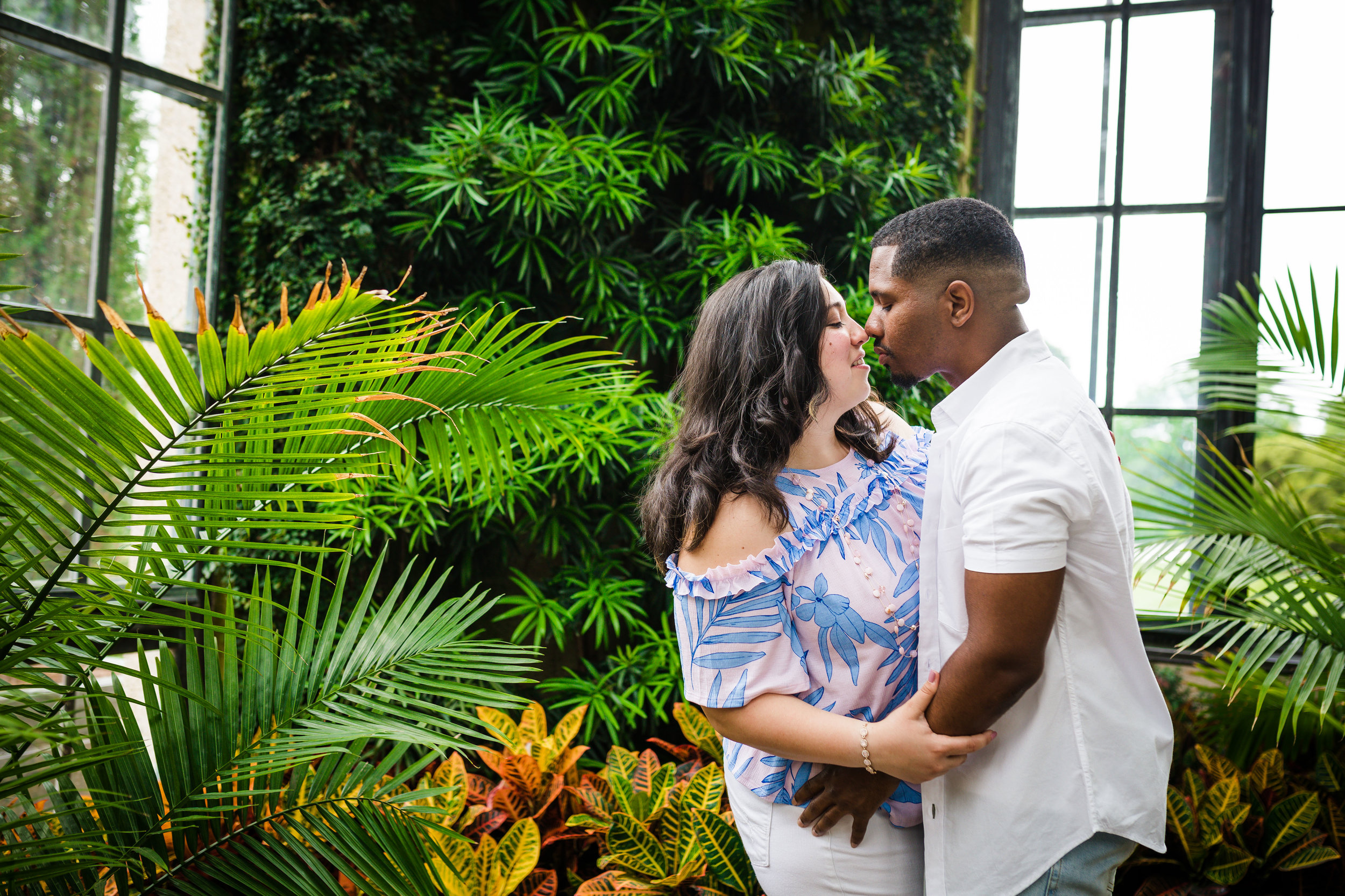 ALLISON AND JEFF - LONGWOOD GARDENS ENGAGEMENT SESSION-75.jpg