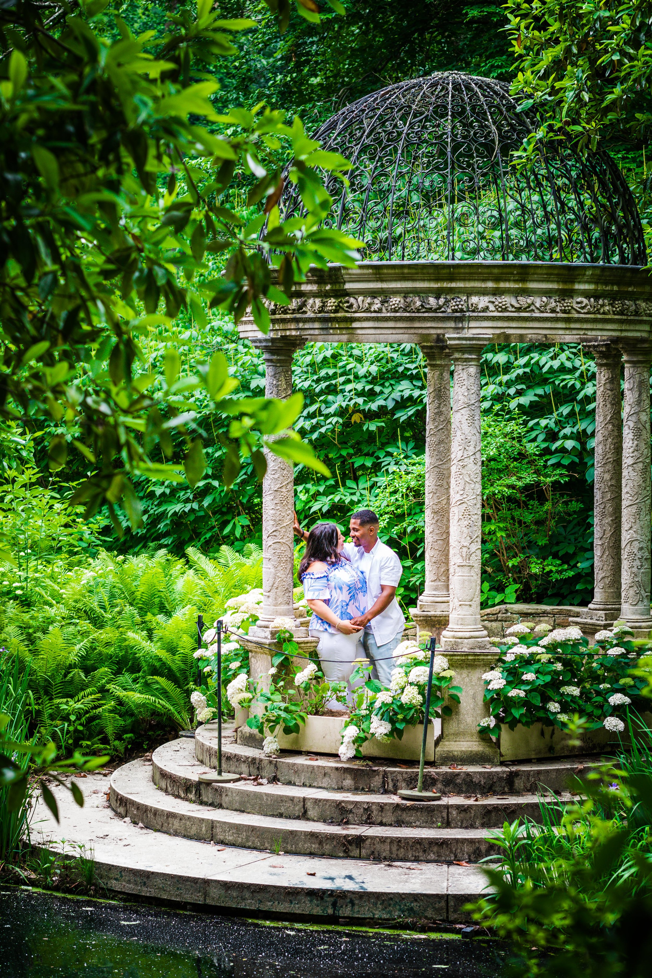 ALLISON AND JEFF - LONGWOOD GARDENS ENGAGEMENT SESSION-86.jpg