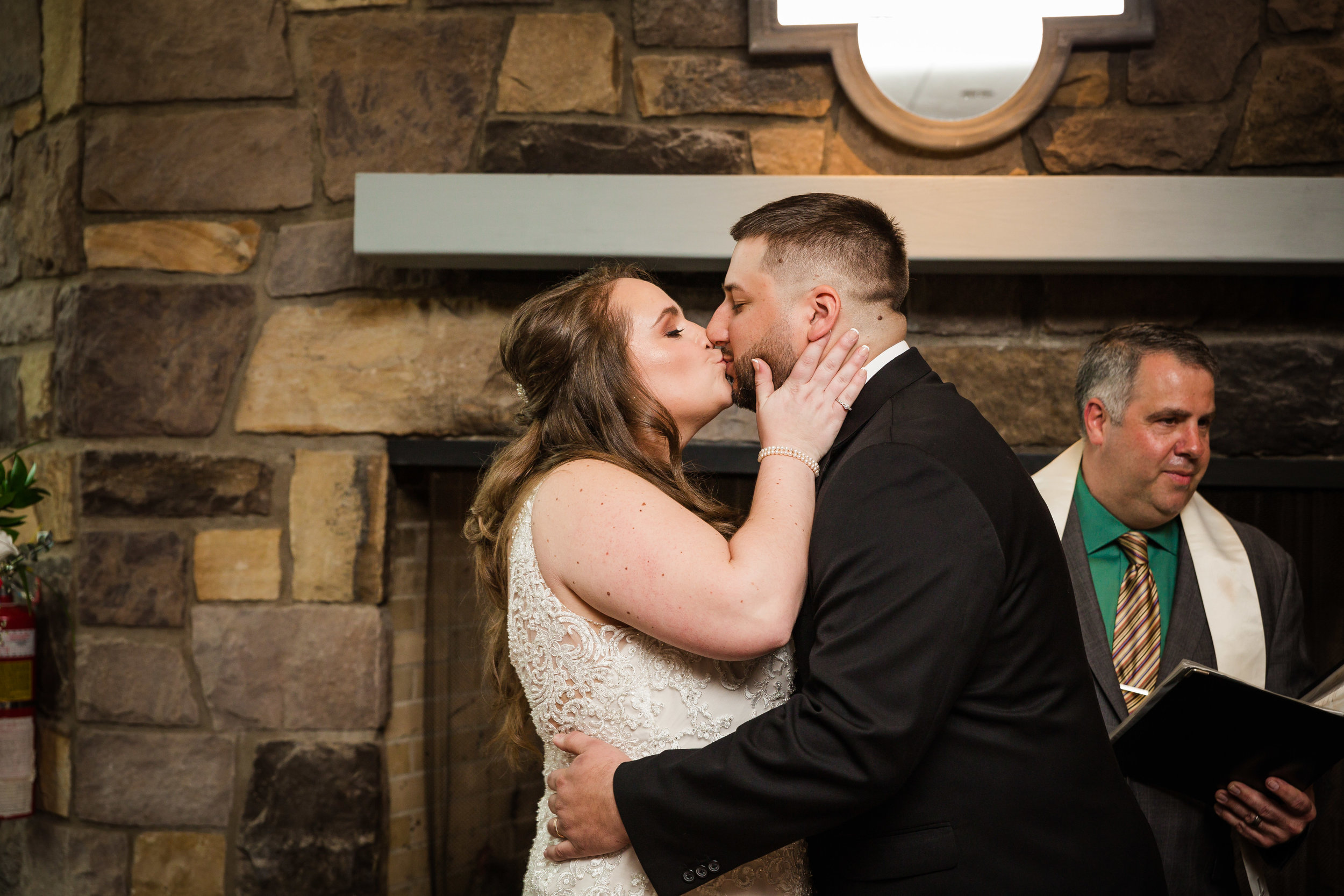 CHAUNCEY HOTEL AND CONFERENCE CENTER WEDDING PHOTOGRAPHY-55.jpg