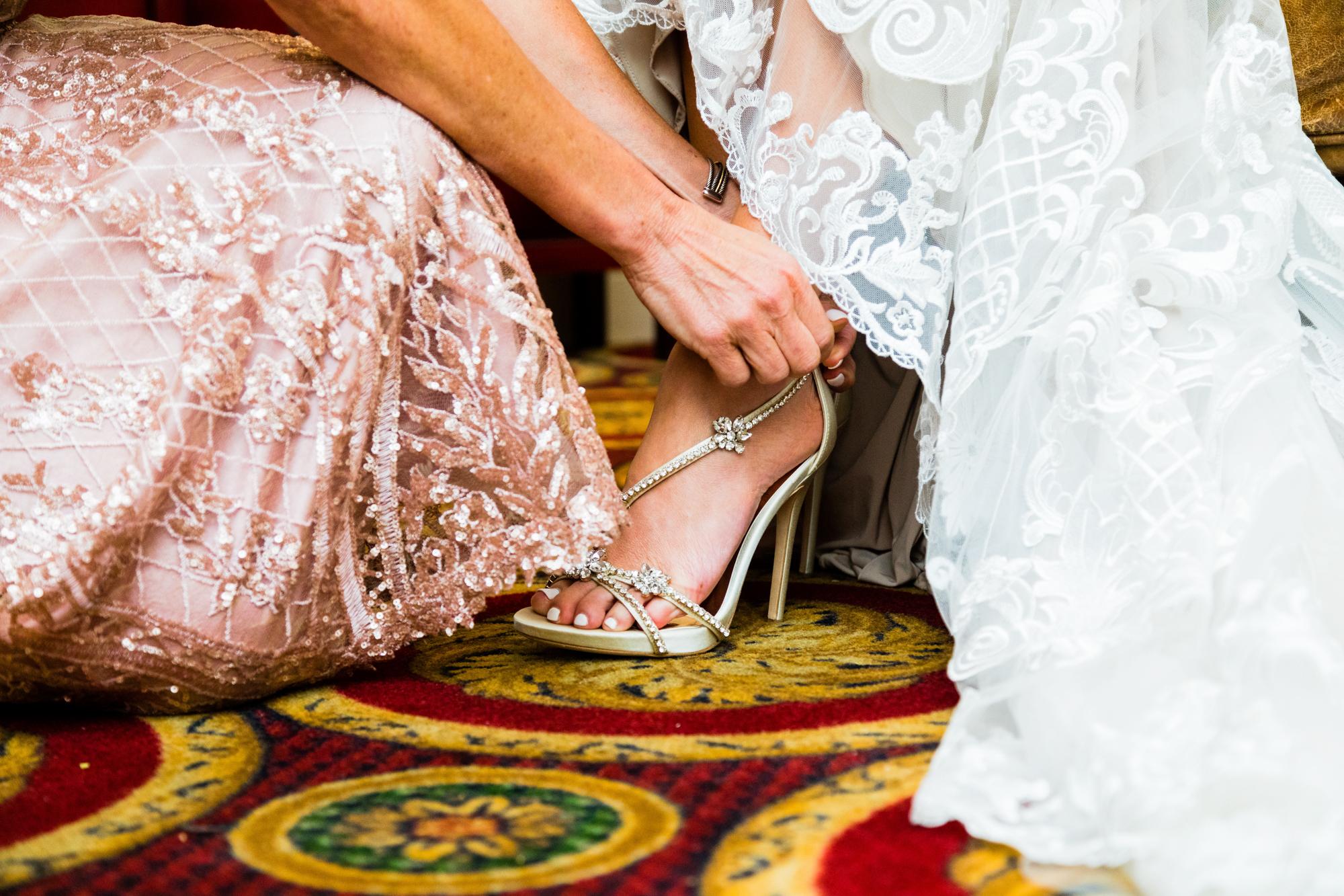 AMANDA AND CHRIS - THE MERION - WEDDING PHOTOGRAPHY-348.jpg