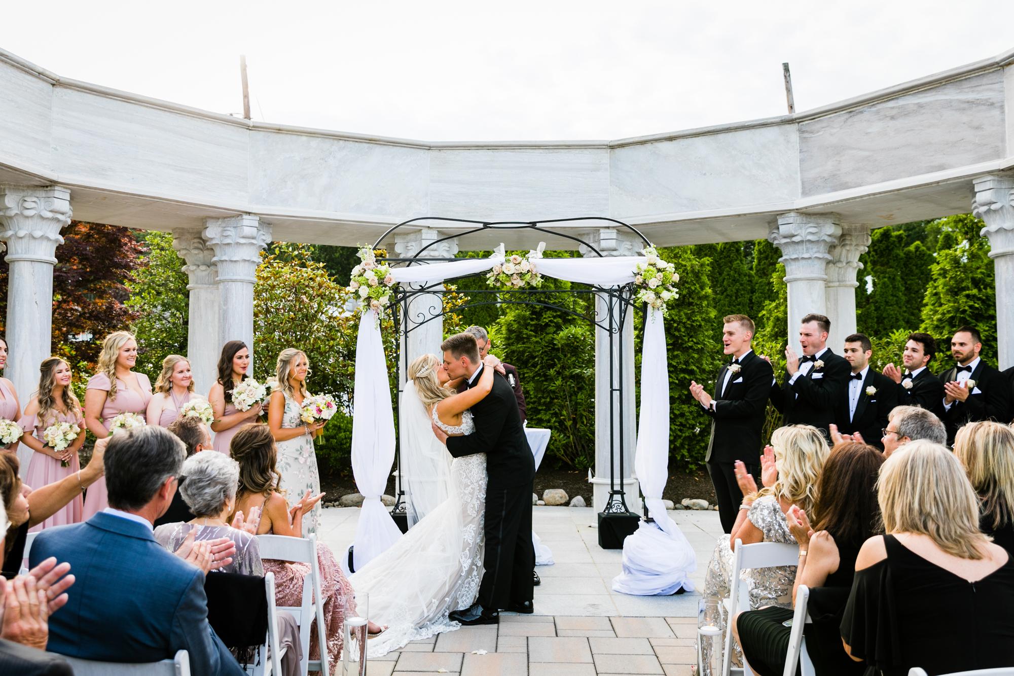 AMANDA AND CHRIS - THE MERION - WEDDING PHOTOGRAPHY-774.jpg