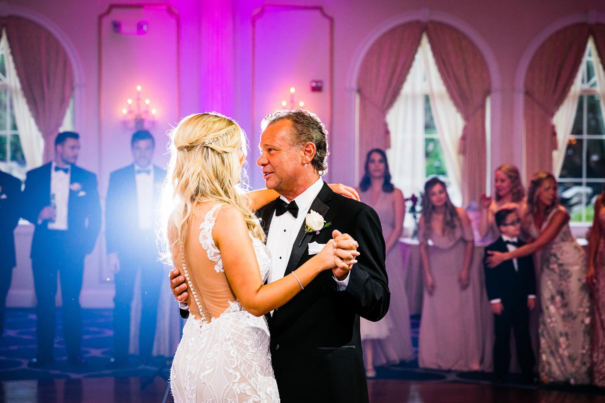 AMANDA AND CHRIS - THE MERION - WEDDING PHOTOGRAPHY-1009.jpg