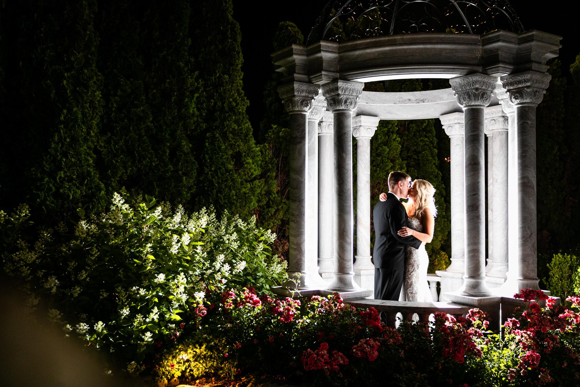 AMANDA AND CHRIS - THE MERION - WEDDING PHOTOGRAPHY-1200.jpg