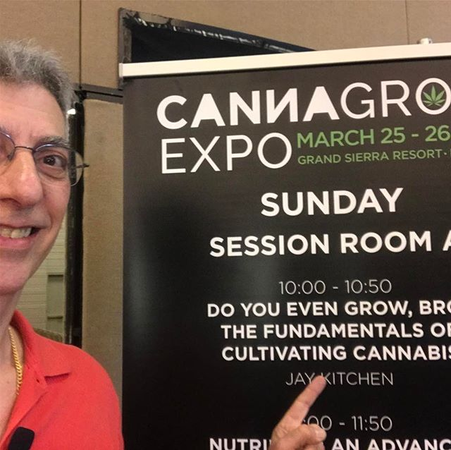 Good times in Reno NV @cannagrowexpo #crohnsdisease #rollyourbong #growerslove #weedgeezer #cannagrowexpo