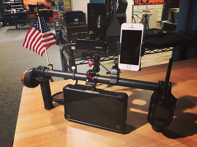 Our handheld rig for the day is not only elaborate, but very patriotic. . . #setlife #handheld #reddigitalcinema #freeflymovi #atomos #shogun #tilta #nucleusnano #America #july