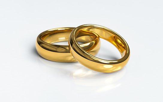 wedding-rings-3611277__340.jpg