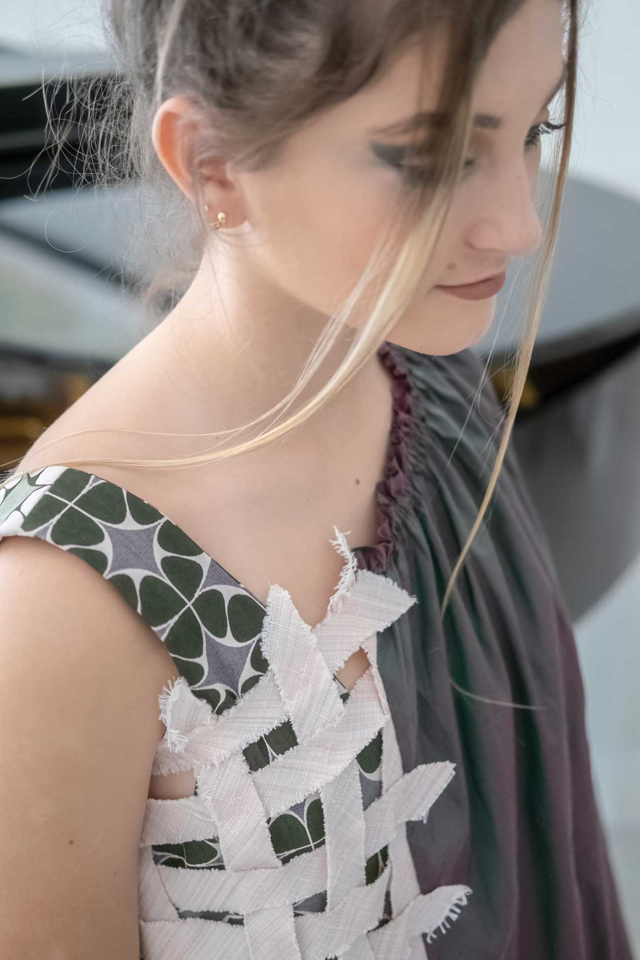 amz-harmonious-dress-indefinite-window-top-closeup.jpg