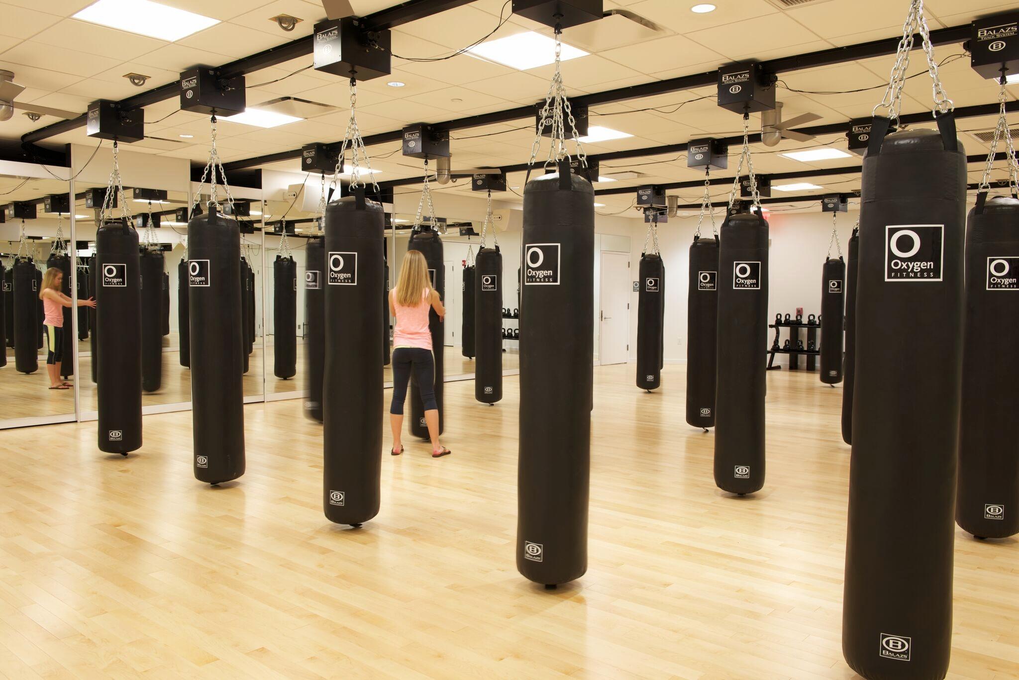 Abbie Stone - oxygen gym,photography, interior design, architect, intern, career