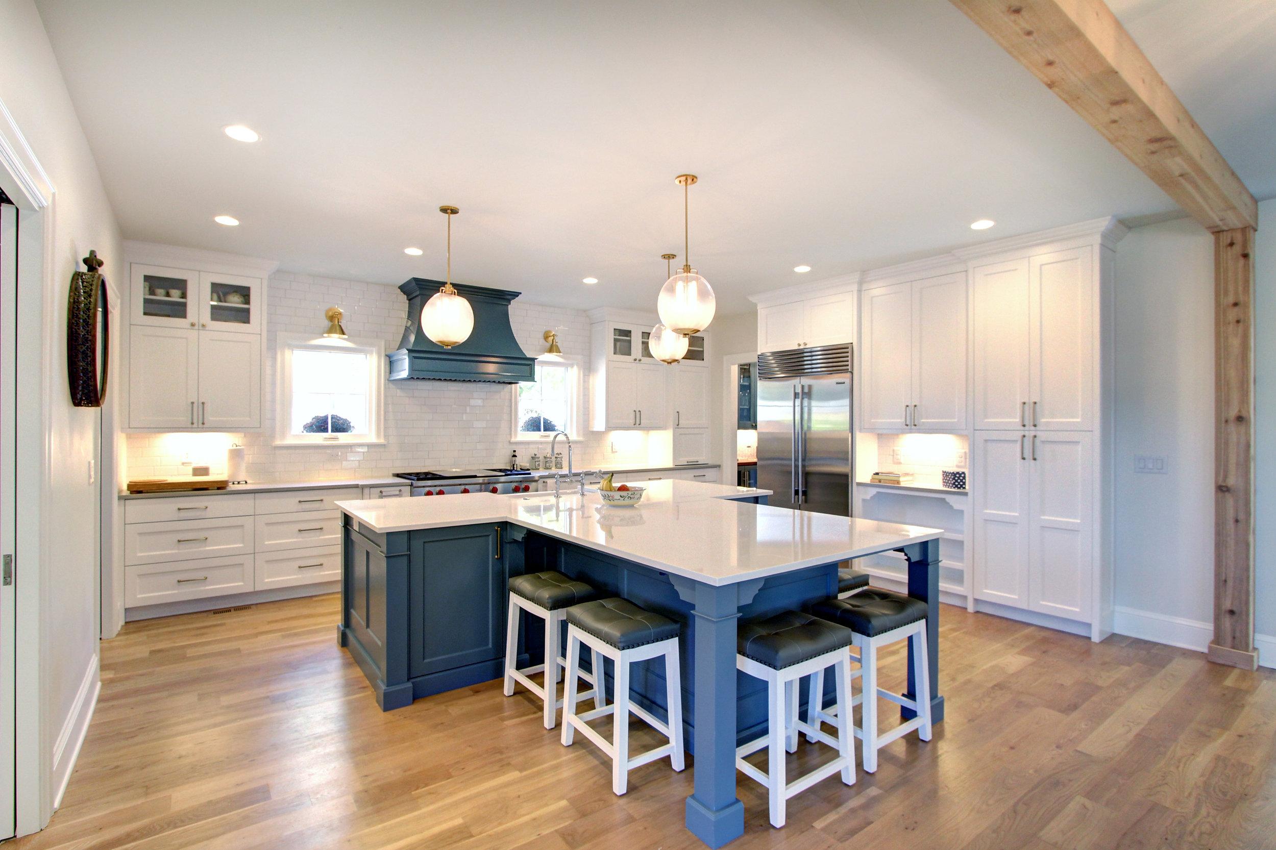 1305 Vine Kitchen.jpg
