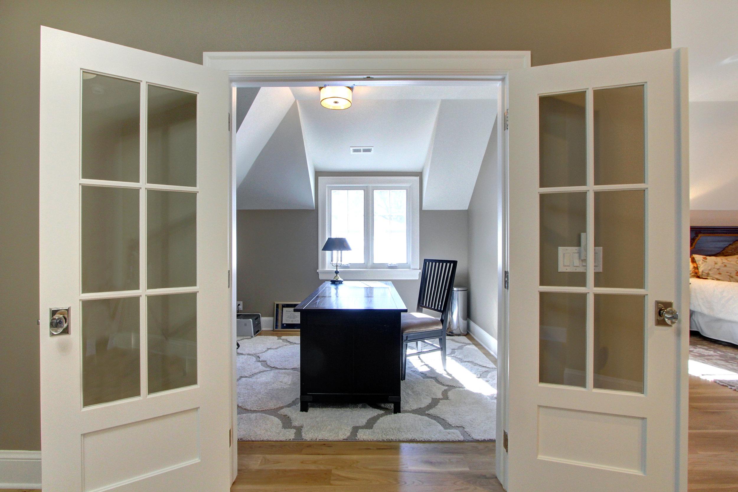1305 Vine Office.jpg