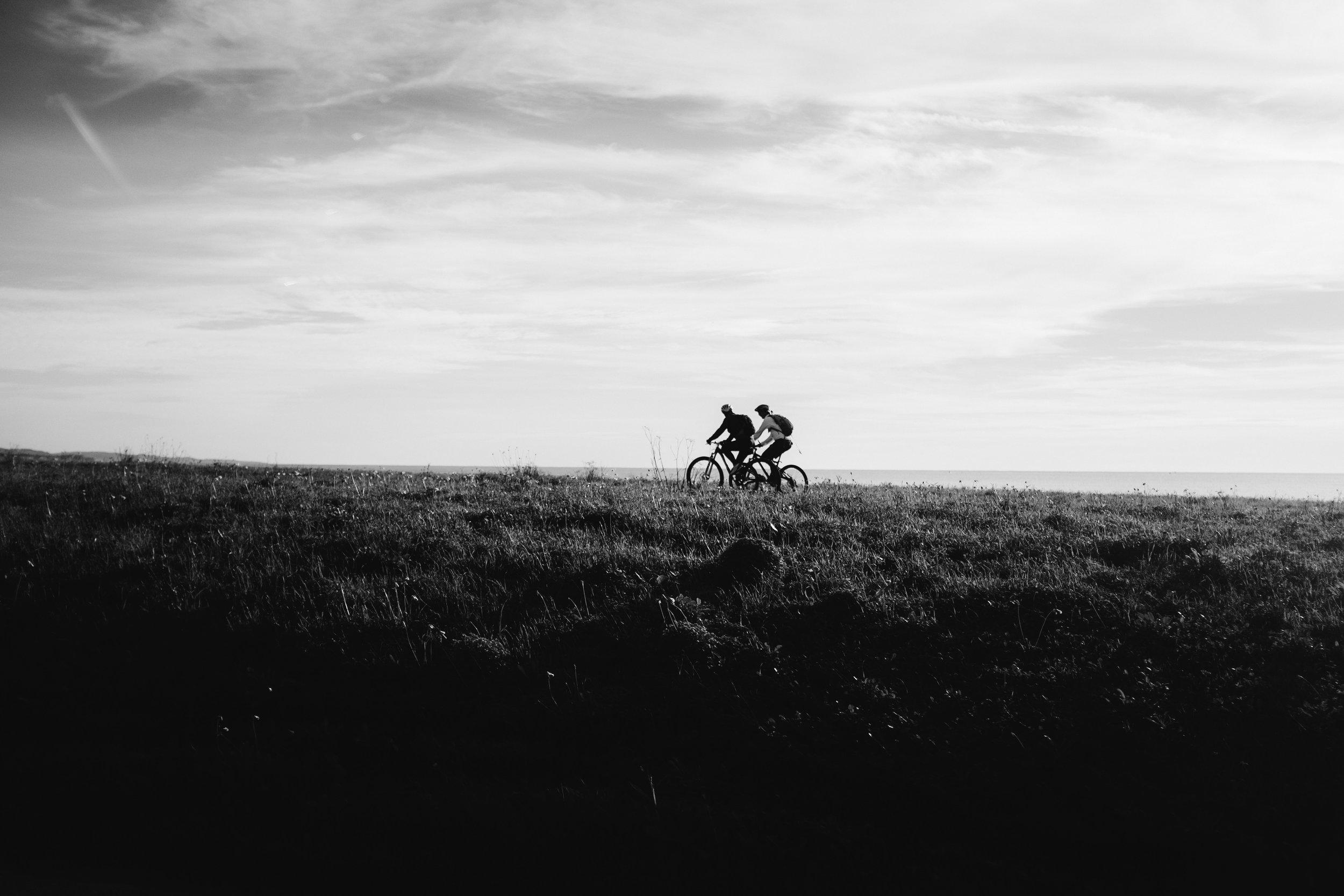 California cyclists Big Sur Toronto Travel Photographers - Suech and Beck