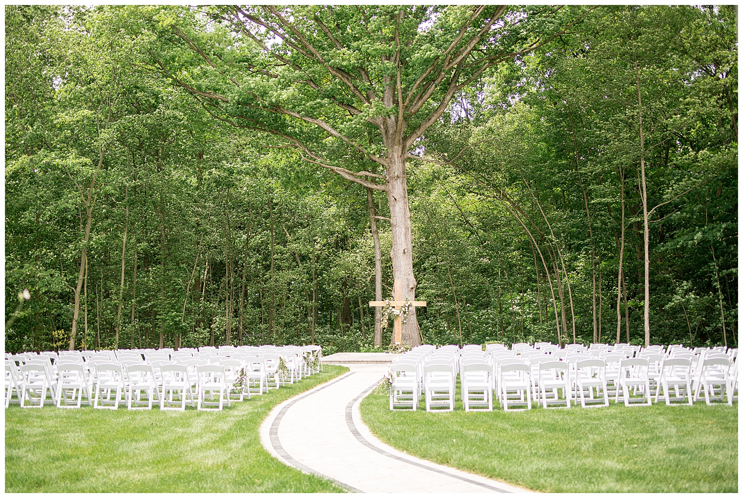 wood cross wedding ceremony